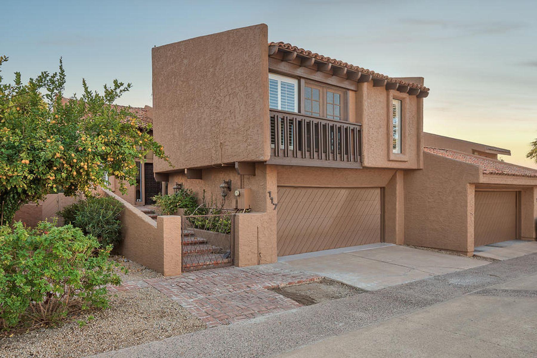 Casa unifamiliar adosada (Townhouse) por un Alquiler en Great Privately Guard Gated Home 4434 E Camelback RD 117, Phoenix, Arizona, 85018 Estados Unidos