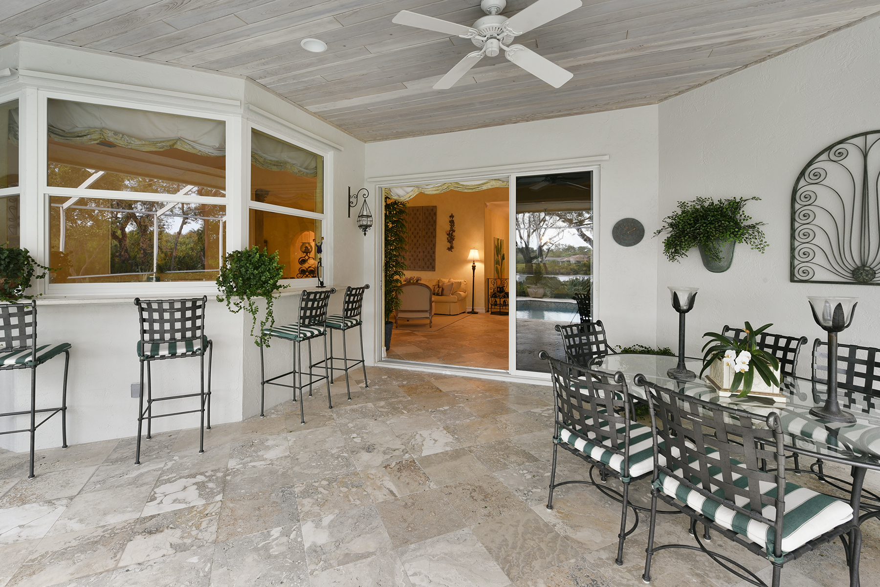 Additional photo for property listing at Golf and Lakefront View Home at Ocean Reef 18 Cinnamon Bark Lane Key Largo, Φλοριντα 33037 Ηνωμενεσ Πολιτειεσ