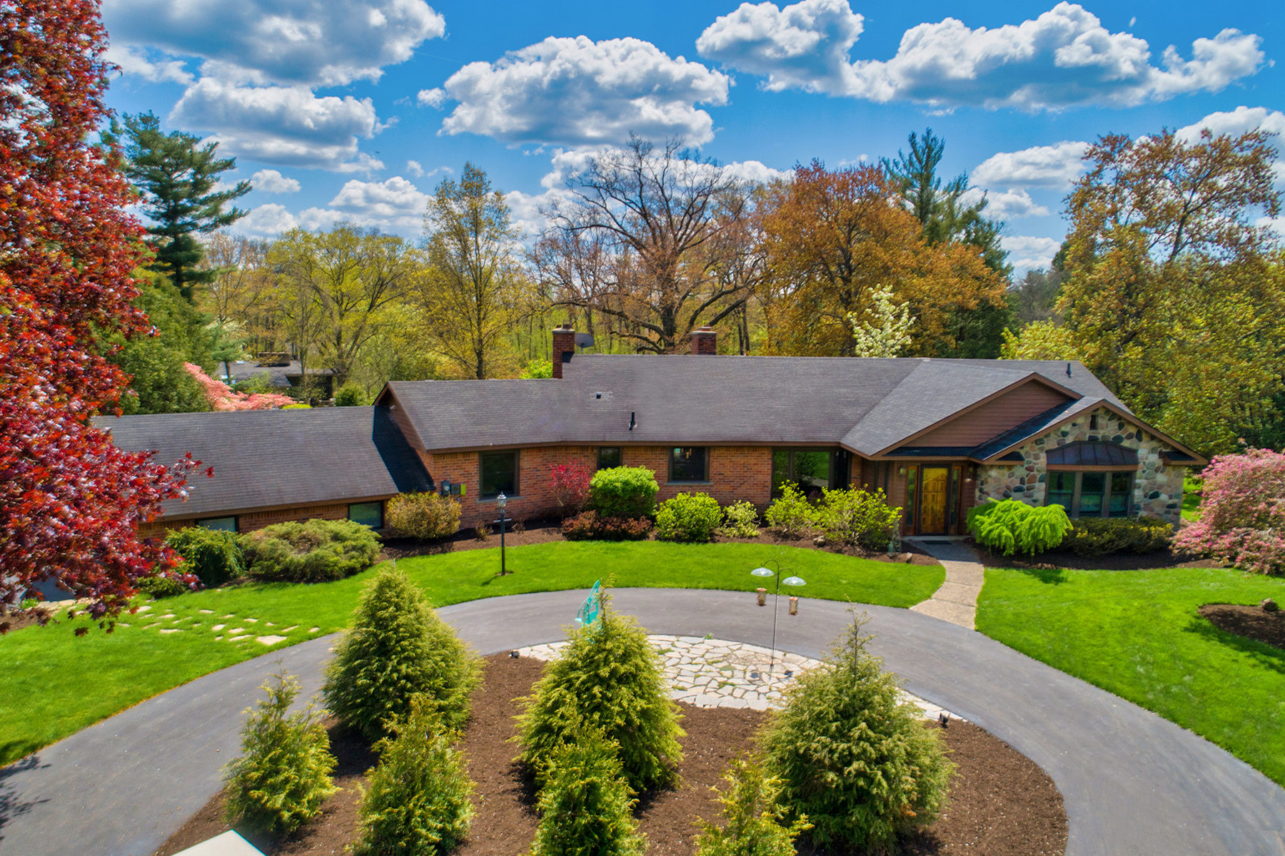 Single Family Homes for Sale at Franklin Village 30285 Hickory Lane Franklin, Michigan 48025 United States
