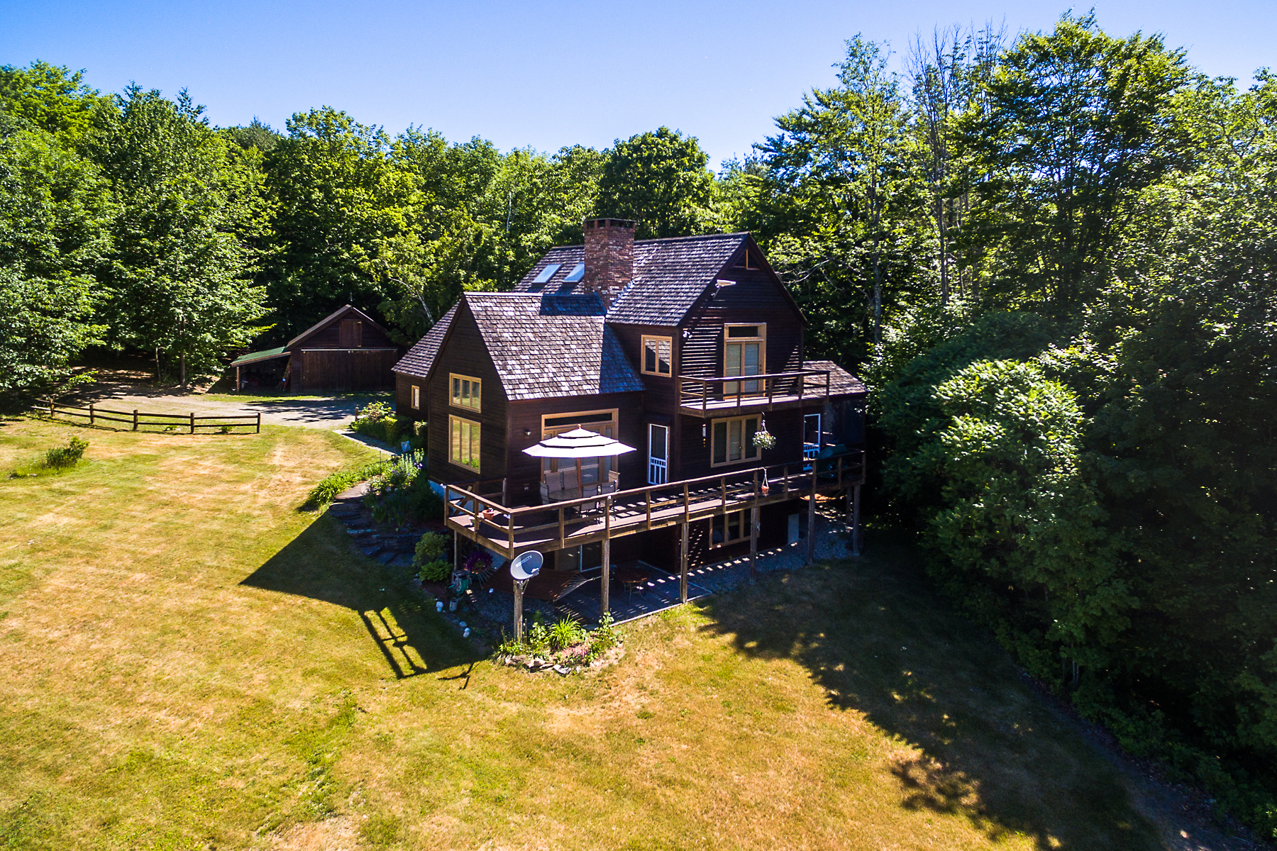 Single Family Homes for Sale at Spacious Home on 100 Acres 322 Stone Hill Farm Road Weathersfield, Vermont 05151 United States