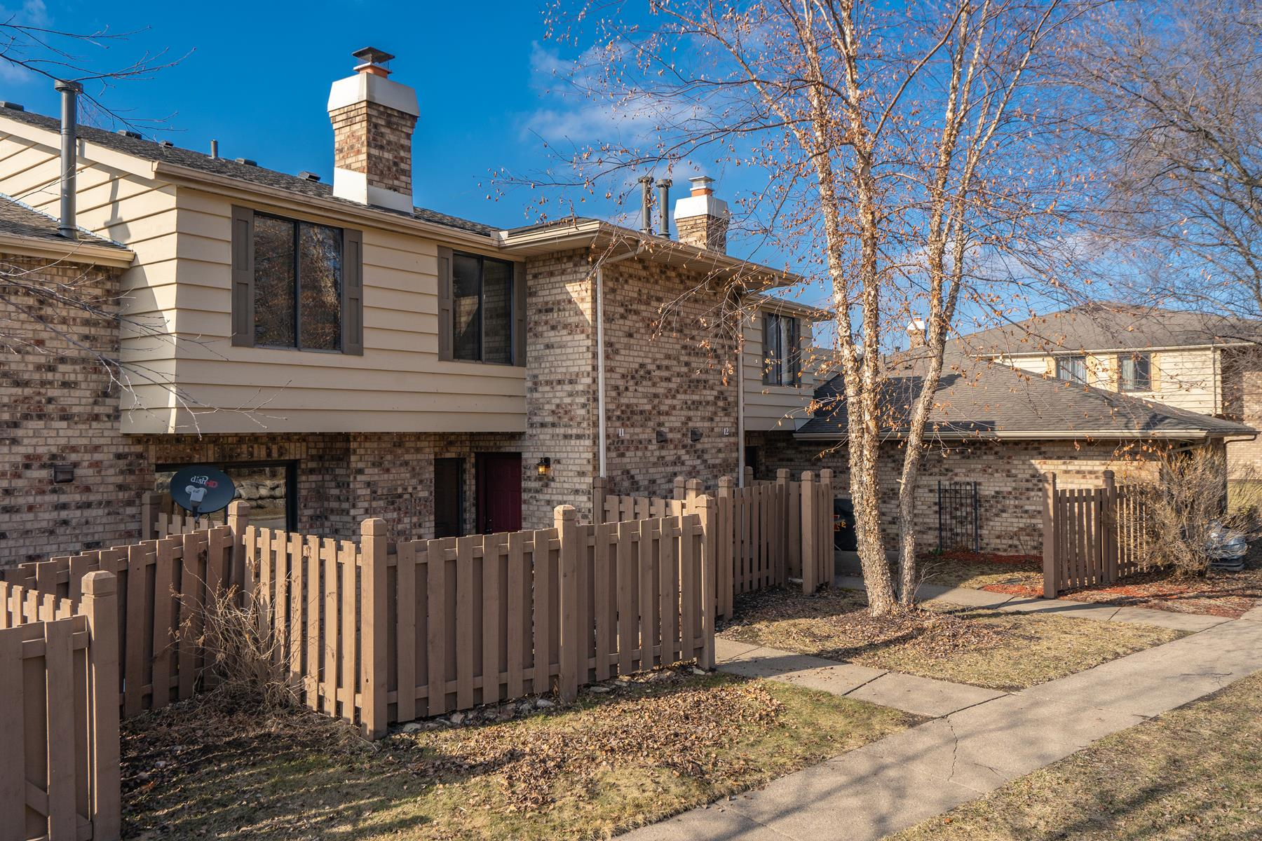 townhouses for Sale at 3675 Independence Avenue S #11 St. Louis Park, Minnesota 55426 United States