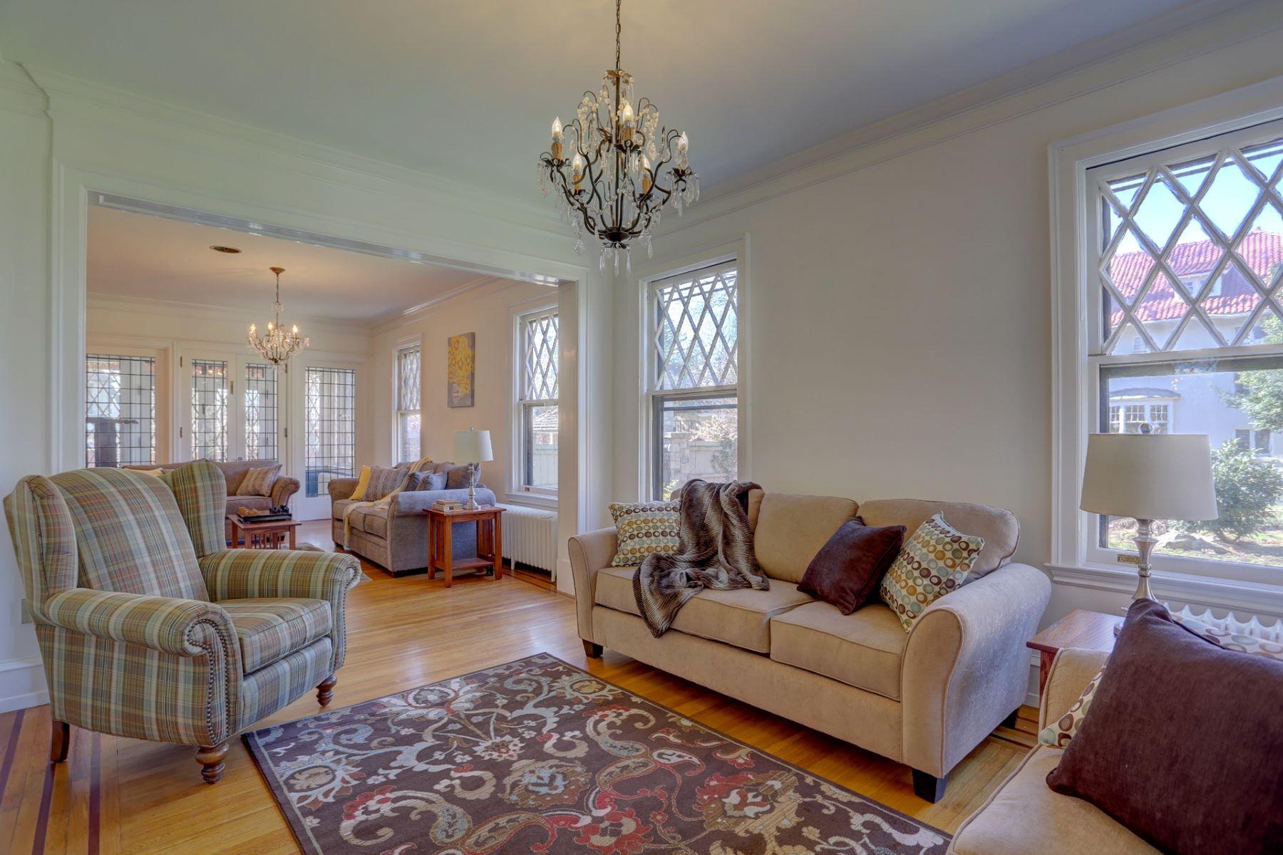 Additional photo for property listing at 1056 Wheatland Avenue  Lancaster, Pennsylvania 17603 Estados Unidos