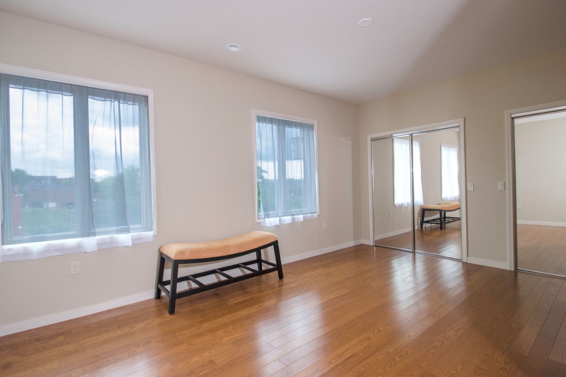 Additional photo for property listing at Riverview Ridge Condos 1825 Arcena Street #2 Pittsburgh, Pennsylvania 15219 United States