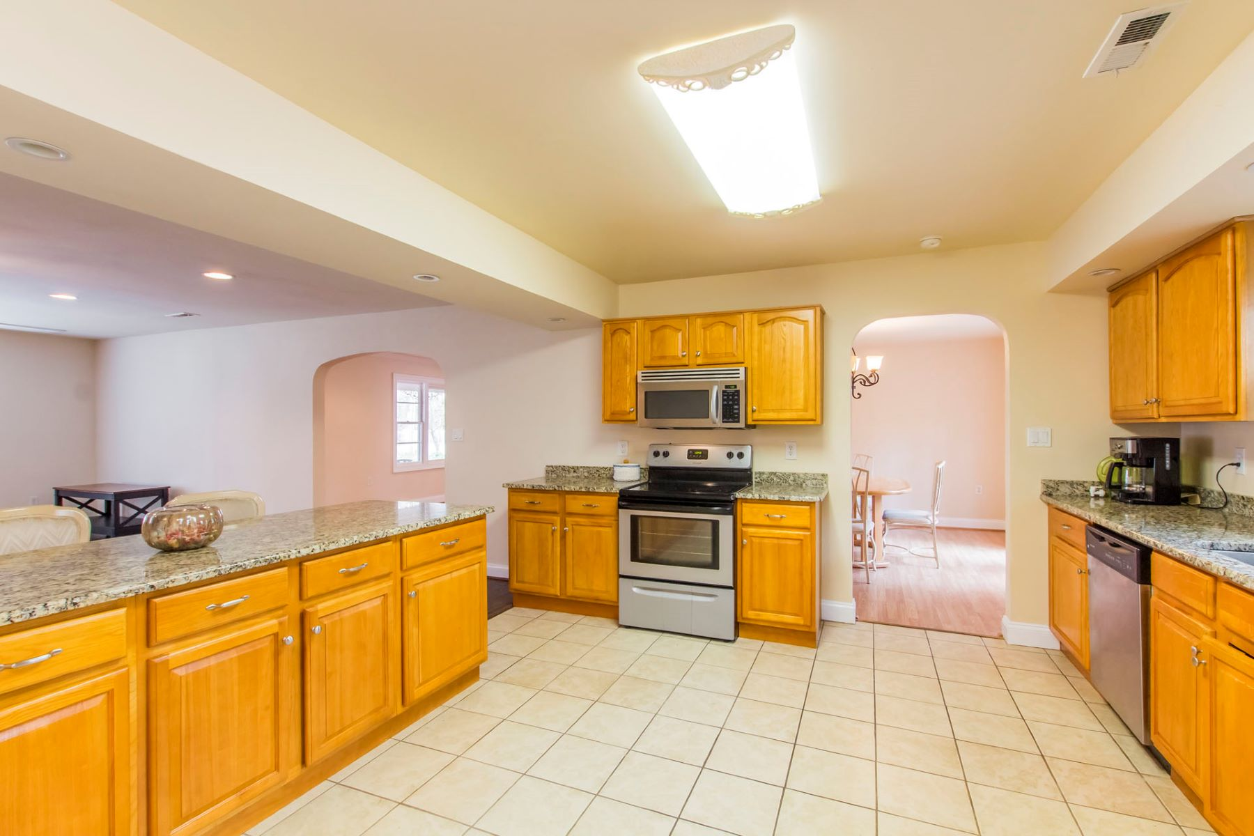 Single Family Home for Sale at Airline Blvd 3721 Airline Boulevard, Portsmouth, Virginia, 23701 United States