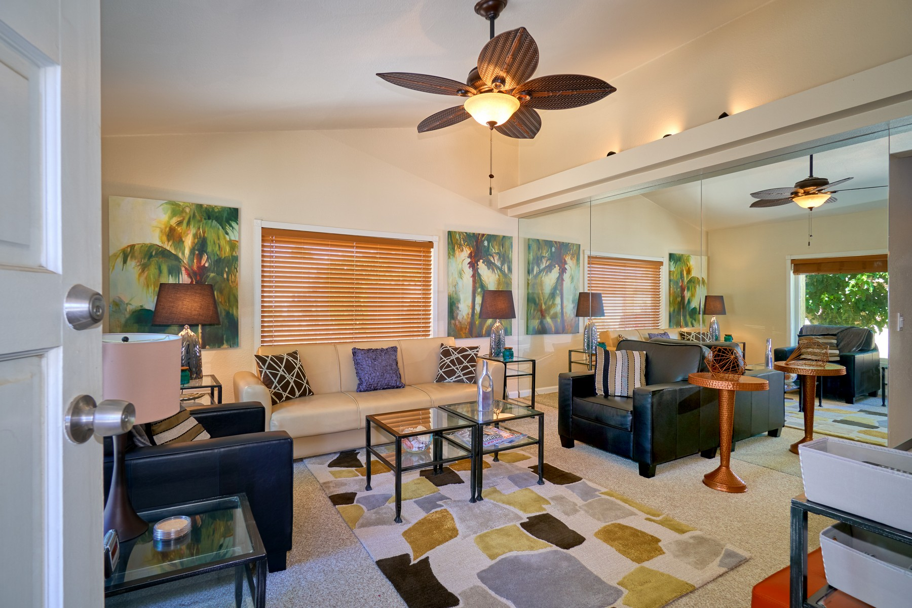 Single Family Home for Sale at 3242 N Mica Dr 3242 N Mica Dr. Palm Springs, California 92262 United States