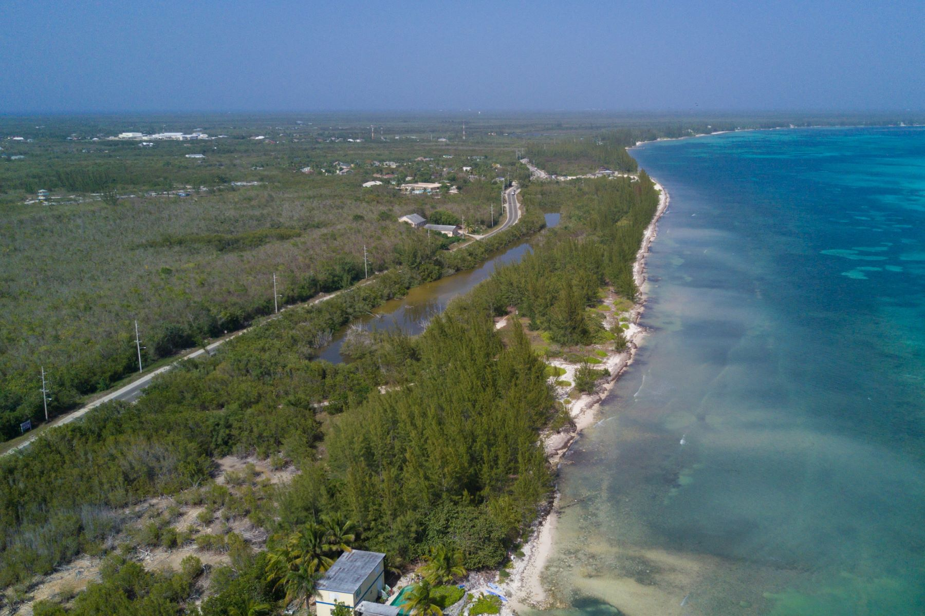 Terreno por un Venta en Breakers Ocean Front Land Other Cayman Islands, Otras Áreas En Las Islas Caimán Islas Caimán