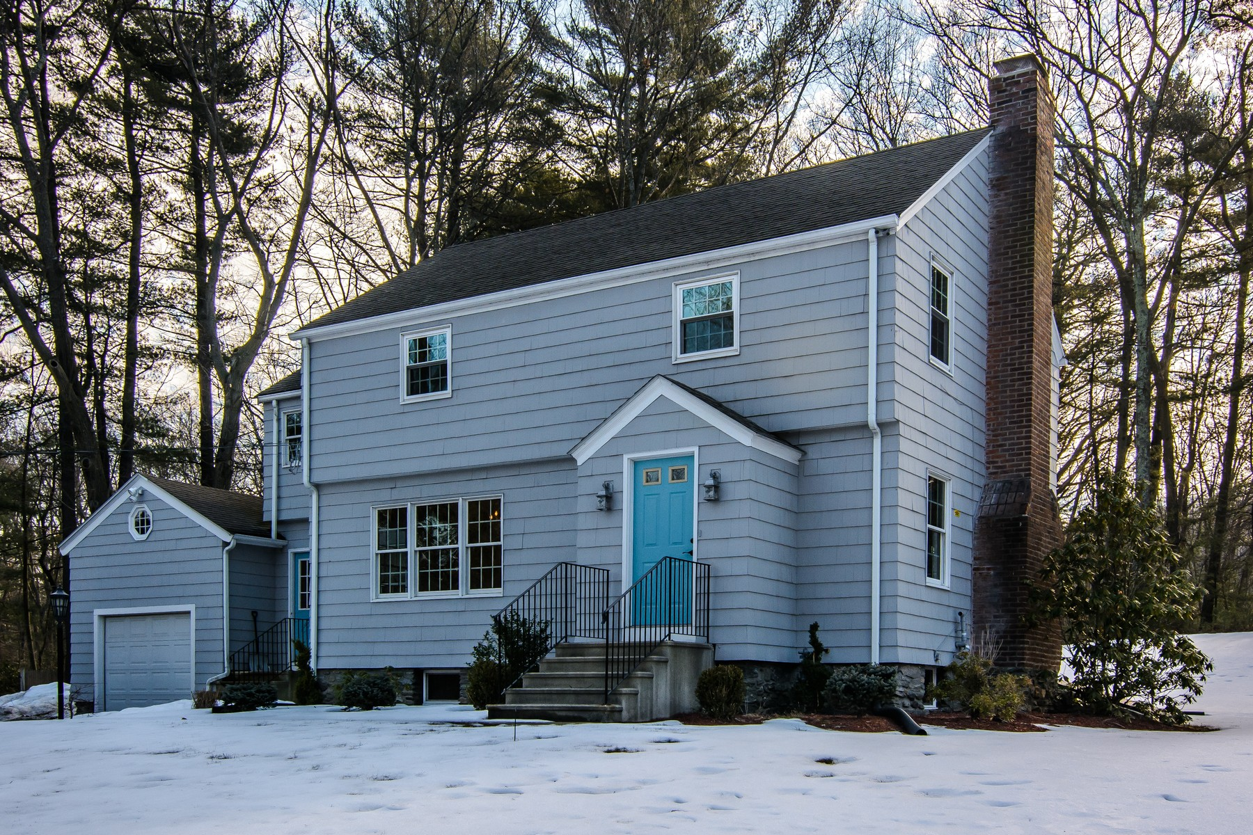Single Family Home for Sale at Pristine and Move In Ready Colonial 37 Deernolm Street Grafton, Massachusetts, 01536 United States