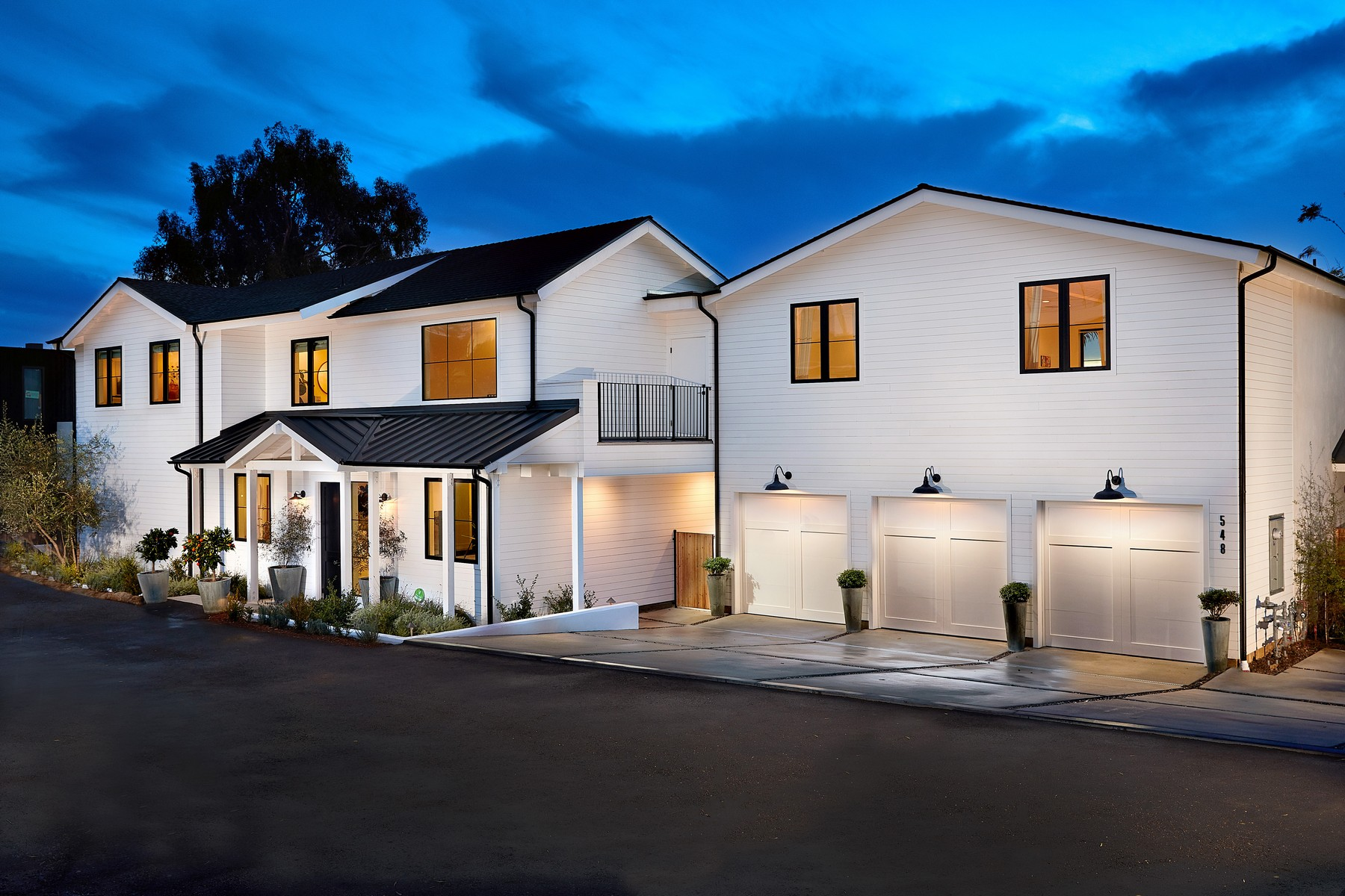 Single Family Homes for Active at 548 Hygeia Avenue Encinitas, California 92024 United States