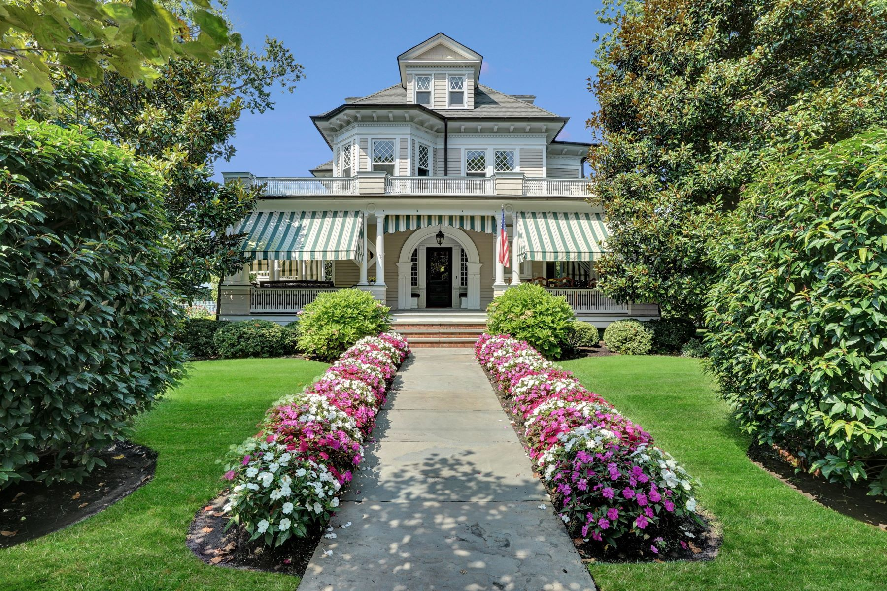 Property 为 出租 在 Spring Lake Rental 1711 3rd Avenue, 斯普林莱克, 新泽西州 07762 美国