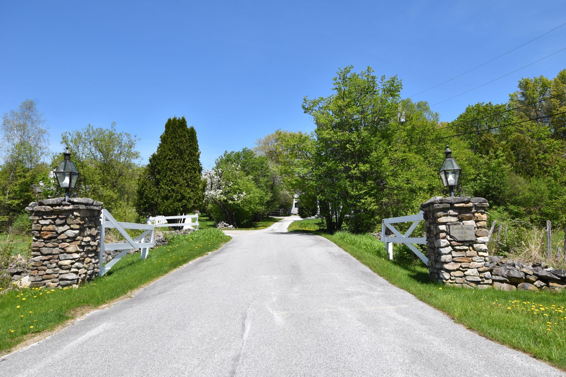 Single Family Home for Sale at 336 Tamarack Lane, Rutland Town 336 Tamarack Ln Rutland Town, Vermont 05701 United States