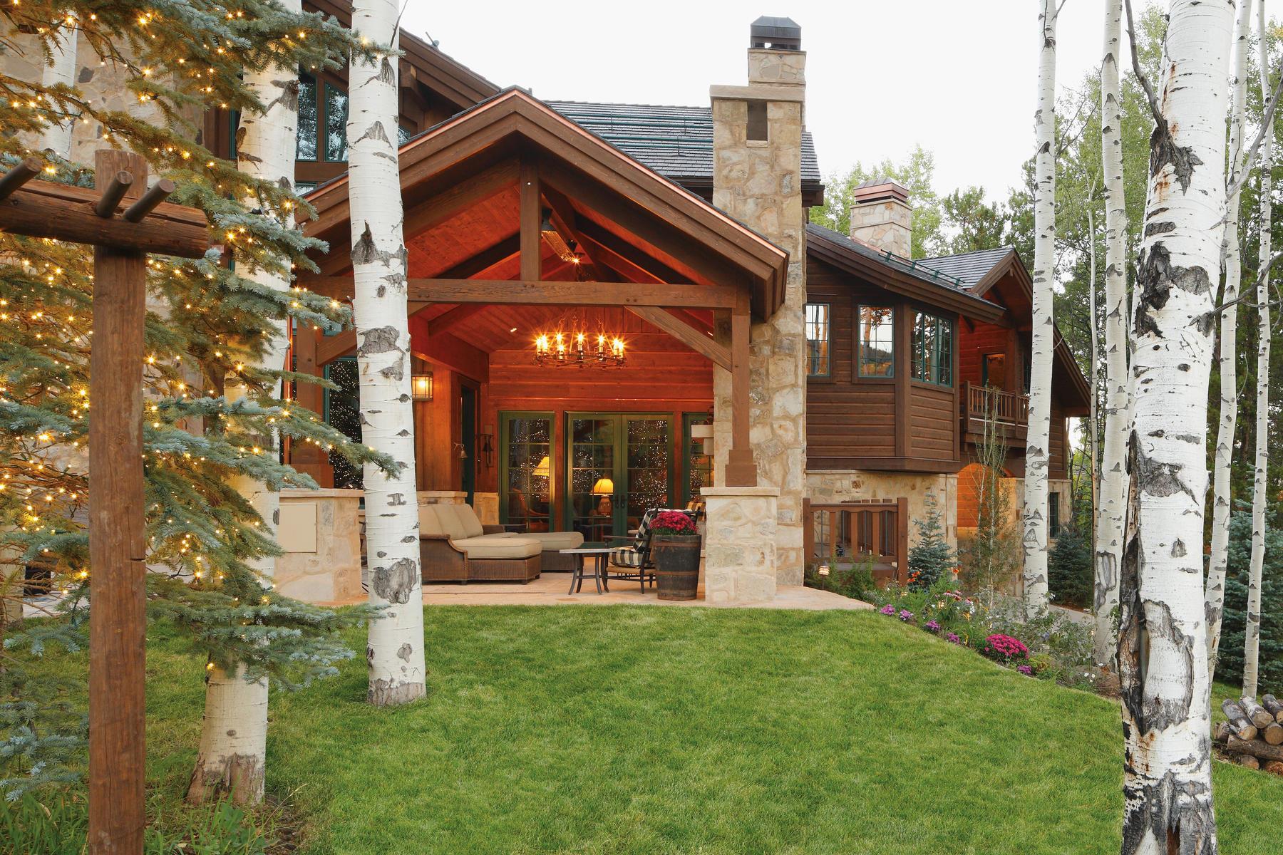 Additional photo for property listing at Strawberry Park Ski Lodge 373 Strawberry Park Beaver Creek, Colorado 81620 United States
