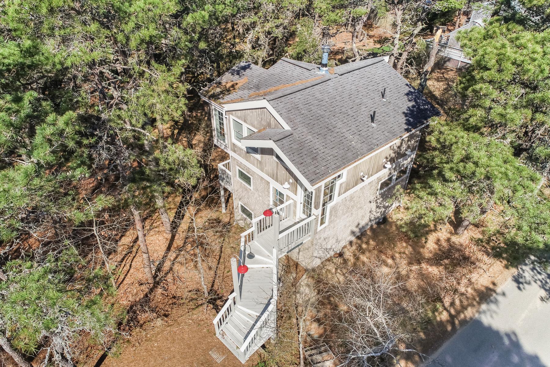 Single Family Homes για την Πώληση στο 70 King Phillip Road, Wellfleet Wellfleet, Μασαχουσετη 02667 Ηνωμένες Πολιτείες