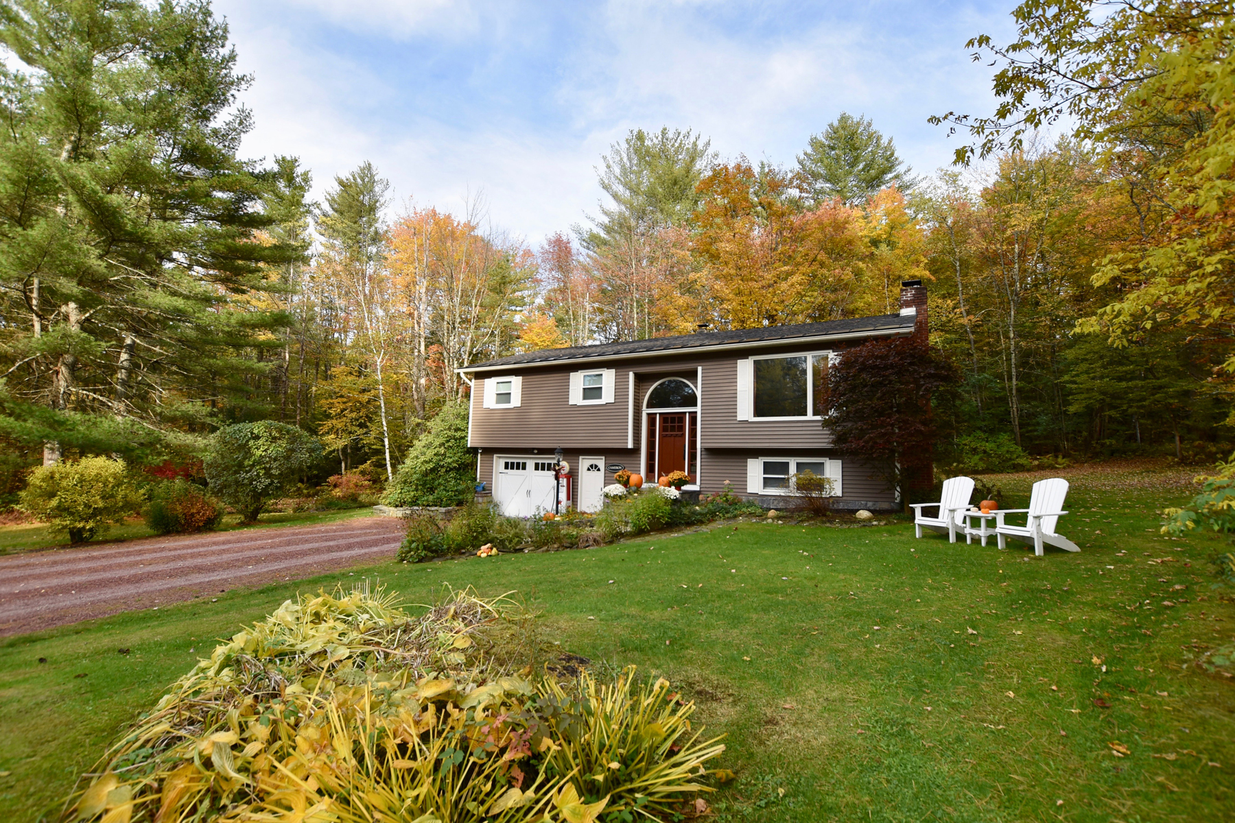 Single Family Homes for Sale at Builders' Dream Home. 2400 East Street Clarendon, Vermont 05759 United States