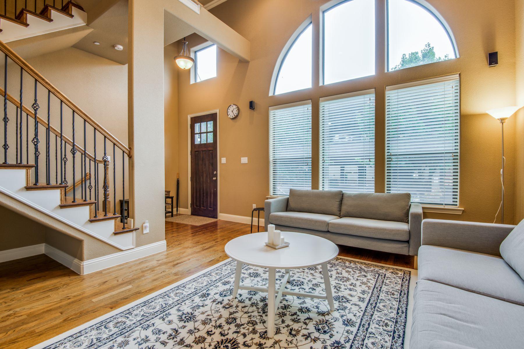 Single Family Homes für Verkauf beim Shops at Legacy ! 5789 Lois Lane, Plano, Texas 75024 Vereinigte Staaten