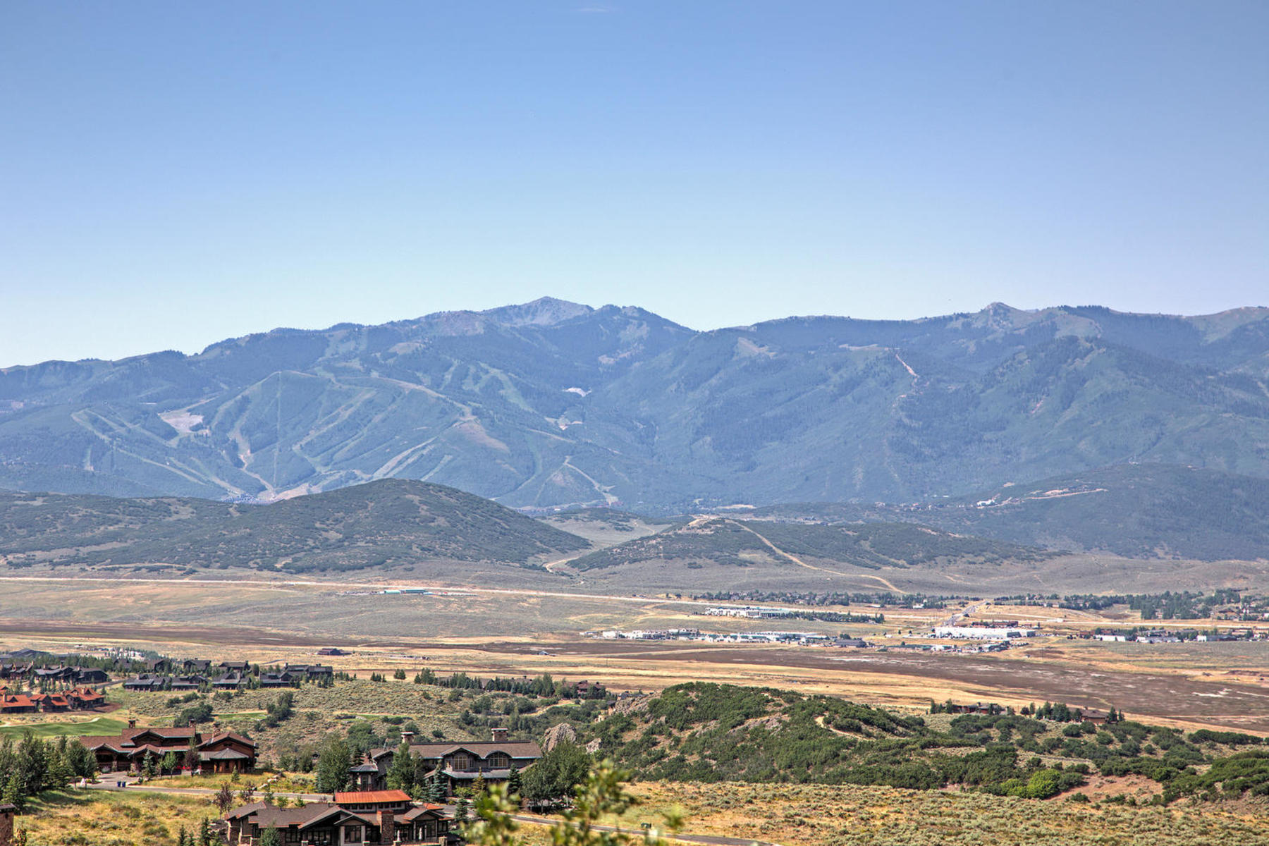 Additional photo for property listing at Absolutely Stunning Ski Resort Views From the Top of the Summit 9284 N Promontory Summit Dr Park City, Utah 84098 United States