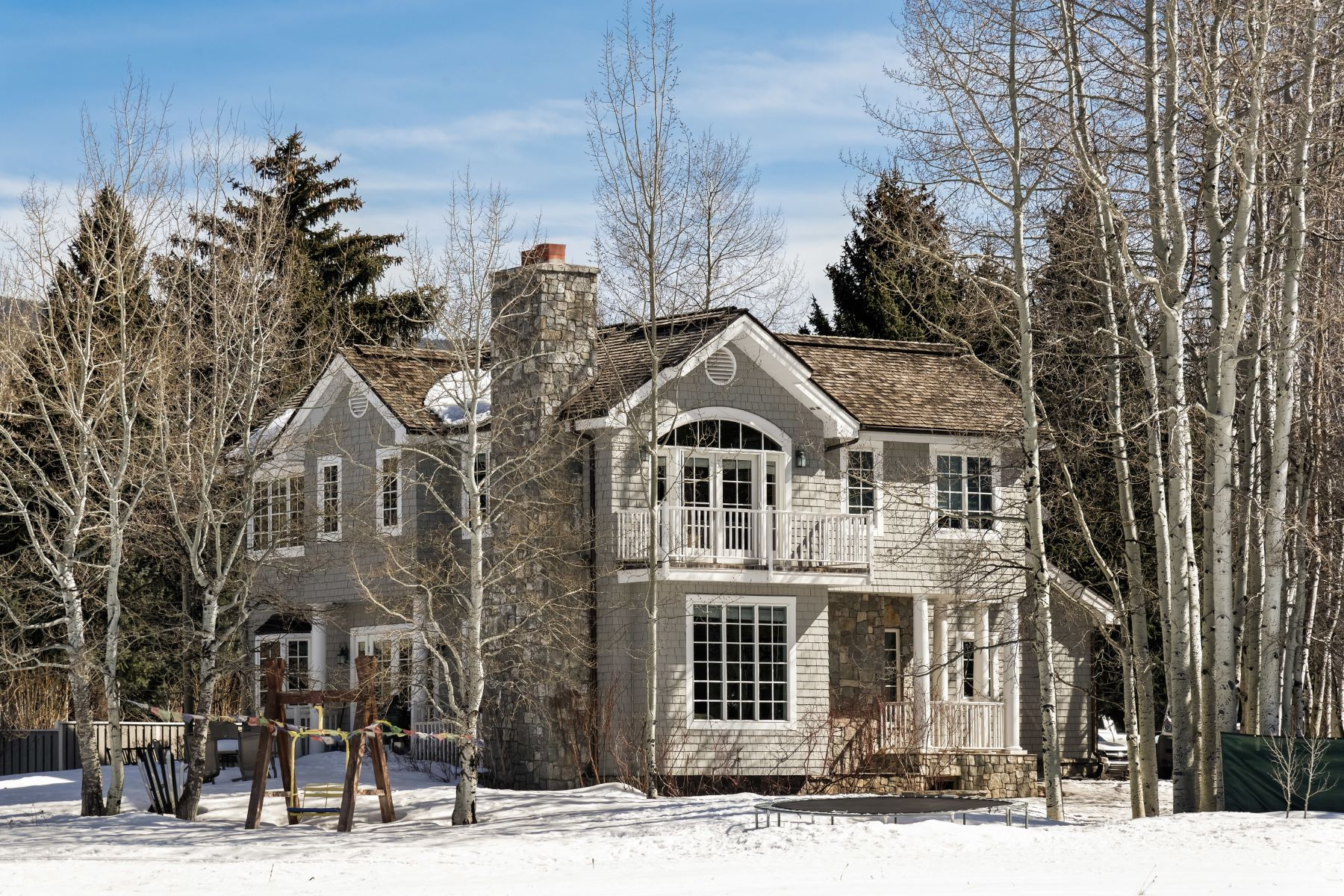 дуплекс для того Продажа на Beautifully Appointed Aspen Home on the Golf Course 1472 Sierra Vista, West Aspen, Aspen, Колорадо, 81611 Соединенные Штаты