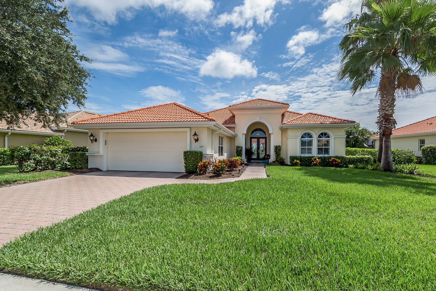 Single Family Homes for Sale at VENETIAN GOLF & RIVER CLUB 125 Medici Ter, North Venice, Florida 34275 United States