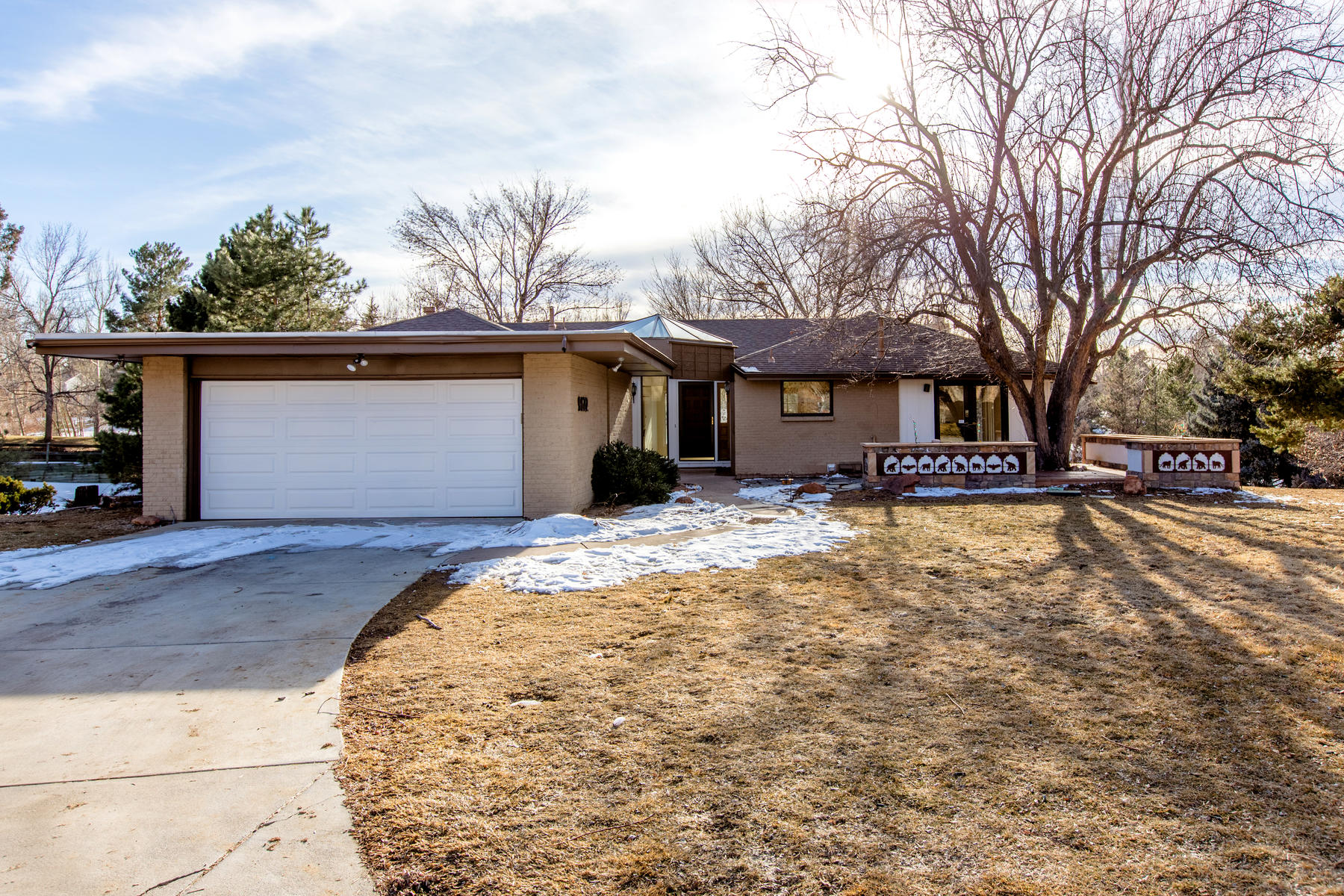 Single Family Homes for Sale at You won't want to miss this great opportunity to own in Orchard Hills 9622 E Orchard Dr Greenwood Village, Colorado 80111 United States