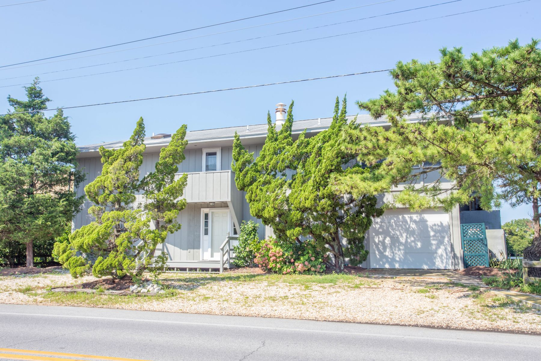 Single Family Home for Sale at 35 N Pennsylvania Ave , Bethany Beach, DE 19930 Bethany Beach, Delaware 19930 United States