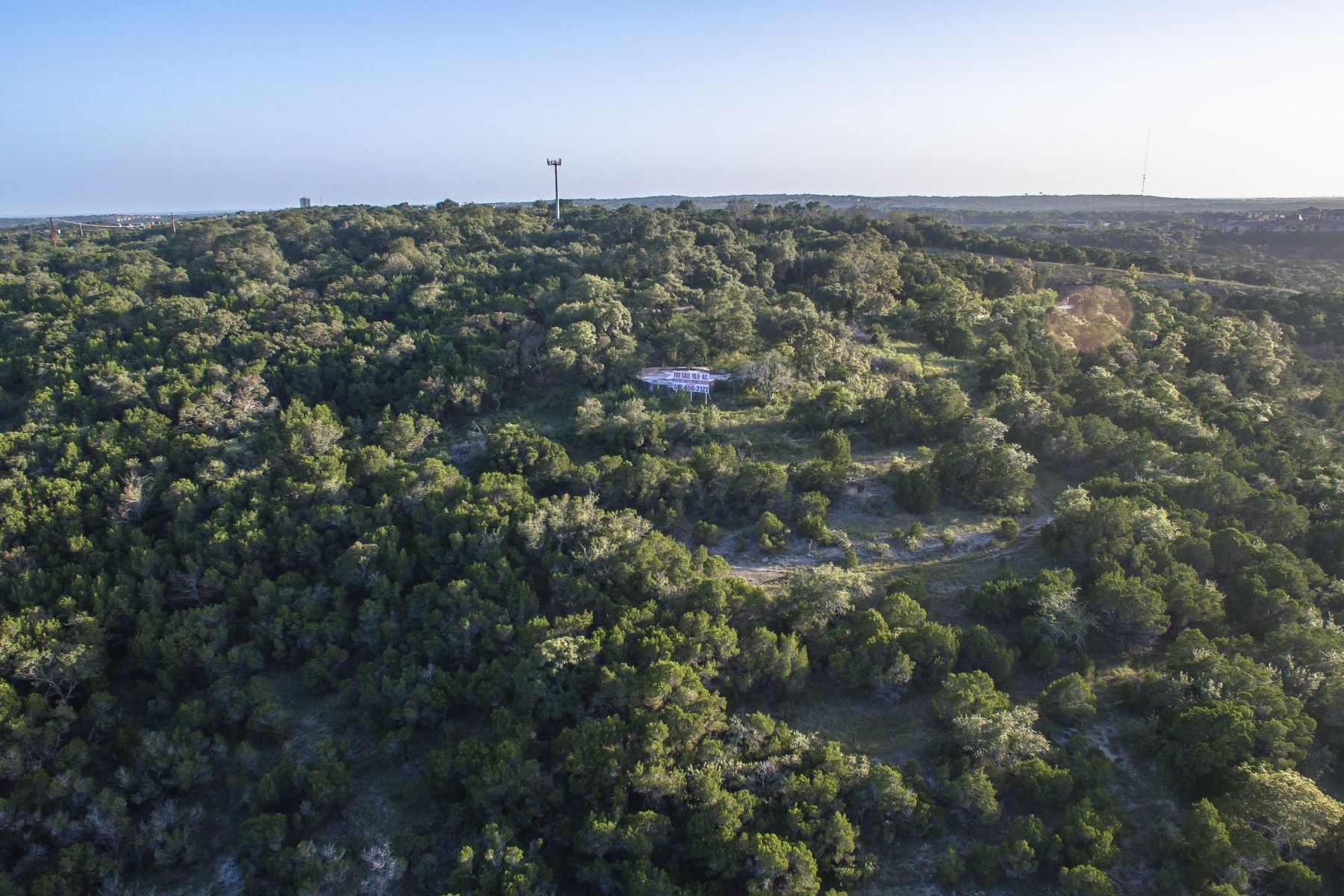 Additional photo for property listing at 50 Mile Panoramic Views 8718 Southwest Pkwy 1 & 2 Austin, Texas 78735 United States