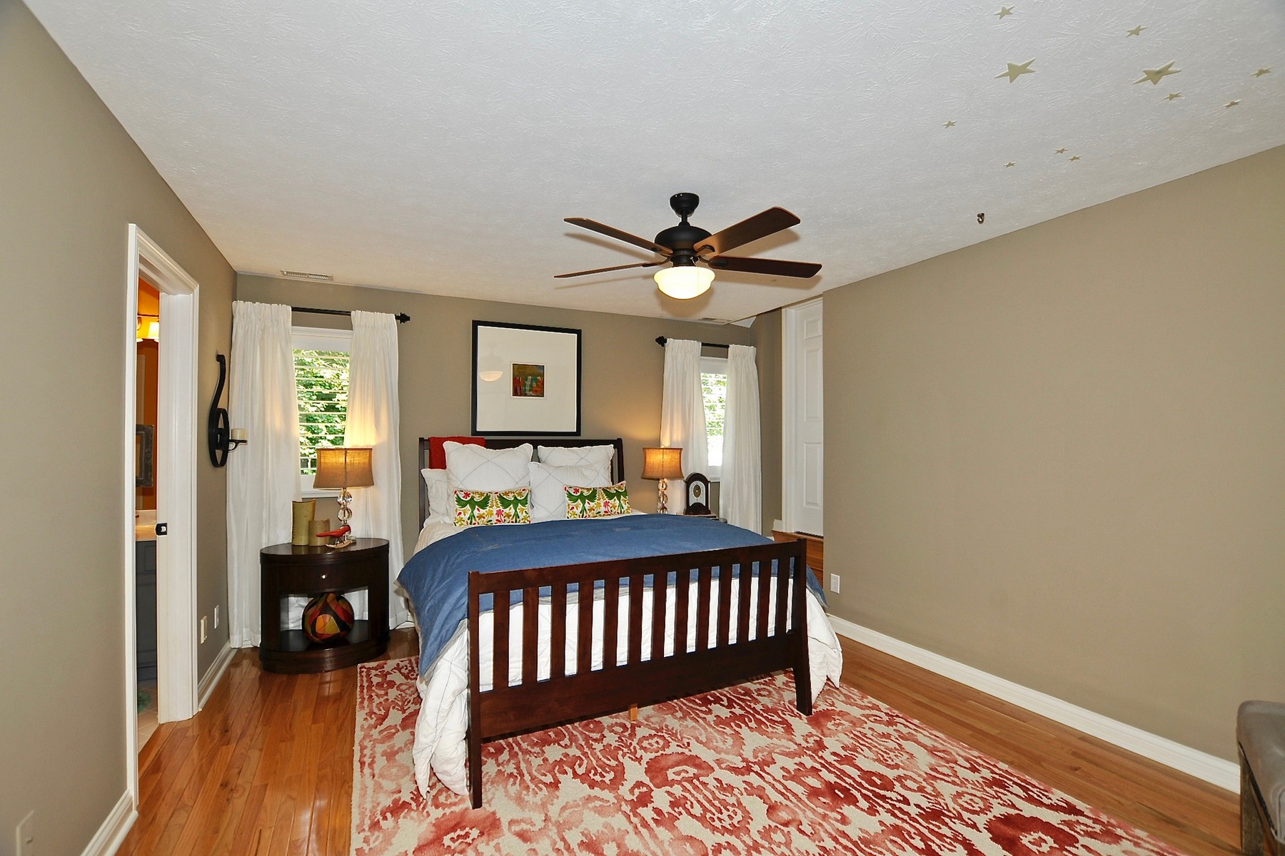 Additional photo for property listing at Gorgeous Windpointe Setting 4916 Waterstone Way Carmel, Indiana 46033 United States
