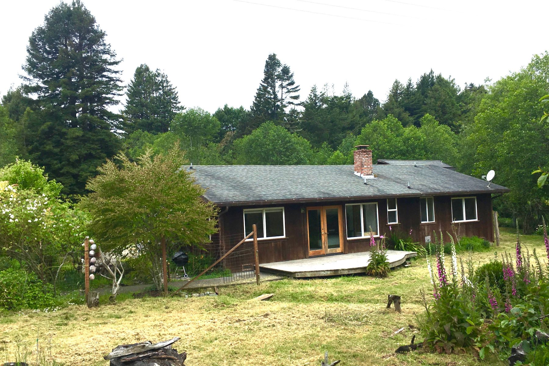 Additional photo for property listing at Coastal Country 32350 Nameless Lane Fort Bragg, California 95437 Estados Unidos