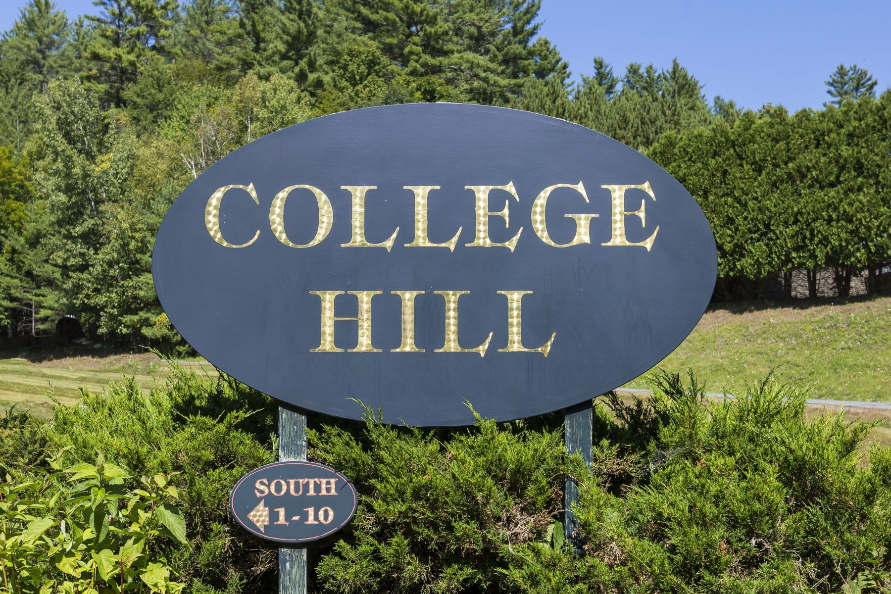Condominiums for Sale at 4 College Hill 4 Hanover, New Hampshire 03755 United States