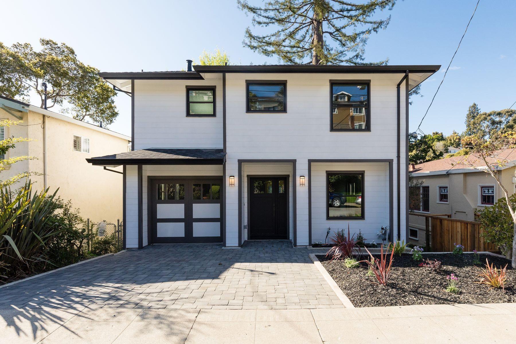Casa Unifamiliar por un Venta en Crocker Highlands Craftsman 1384 Barrows Road Oakland, California 94610 Estados Unidos
