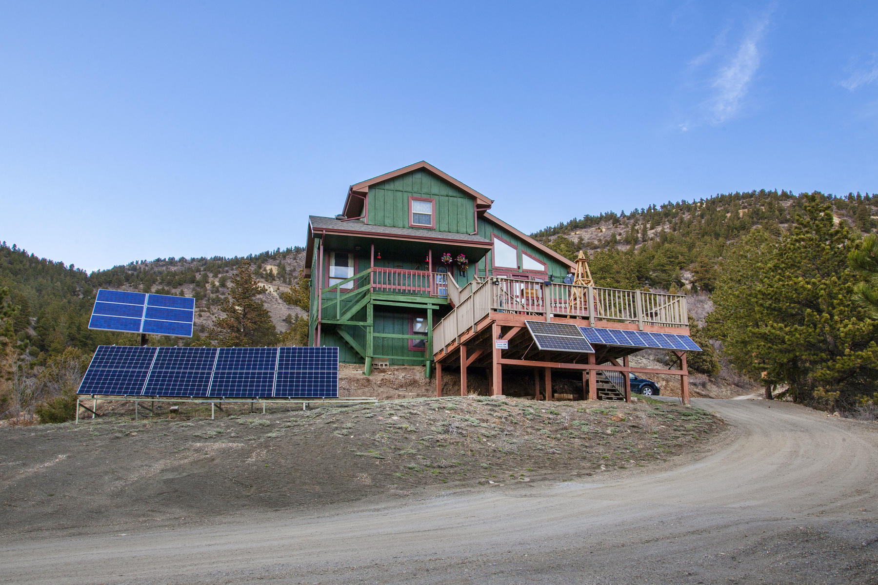 Single Family Homes for Sale at 2008 Virginia Canyon Road Idaho Springs, Colorado 80452 United States