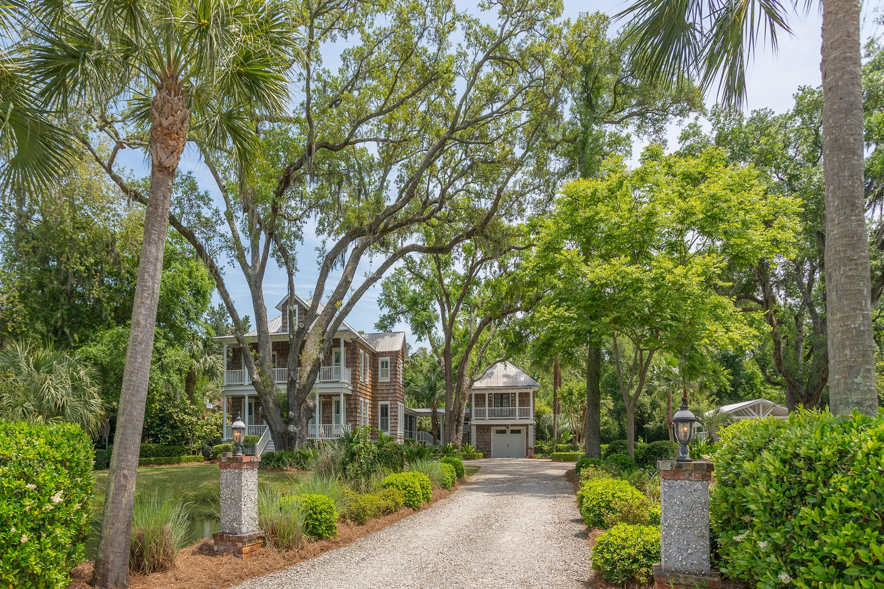 Single Family Homes for Sale at 125 Santa Maria Circle St. Simons Island, Georgia 31522 United States