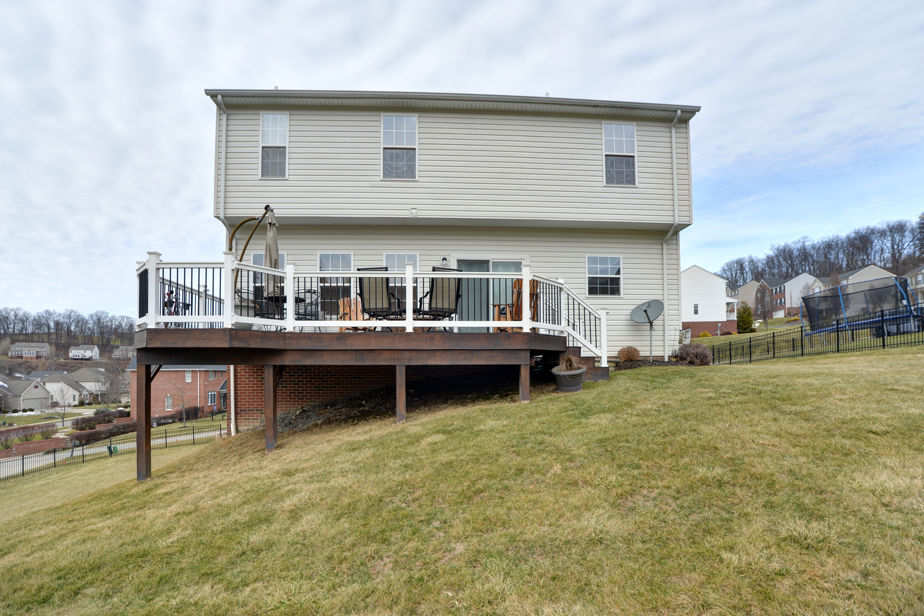 Additional photo for property listing at 103 Middlecrest Dr. Washington, Pa 15301 103 Middlecrest Dr. Washington, Pennsylvania 15301 United States