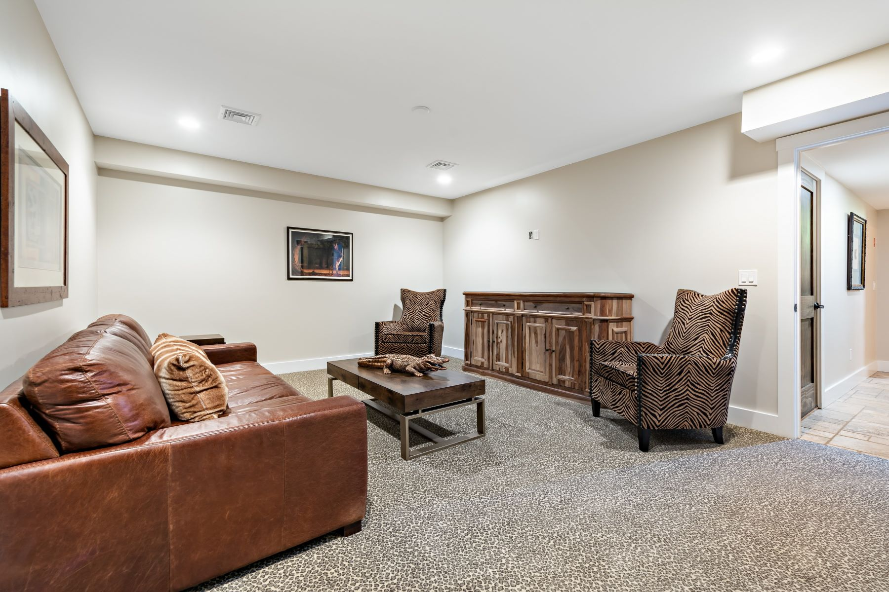 Additional photo for property listing at The Preserve at Boulder Hills 87 Kingstown Road, Unit B3 Richmond, Rhode Island 02898 United States