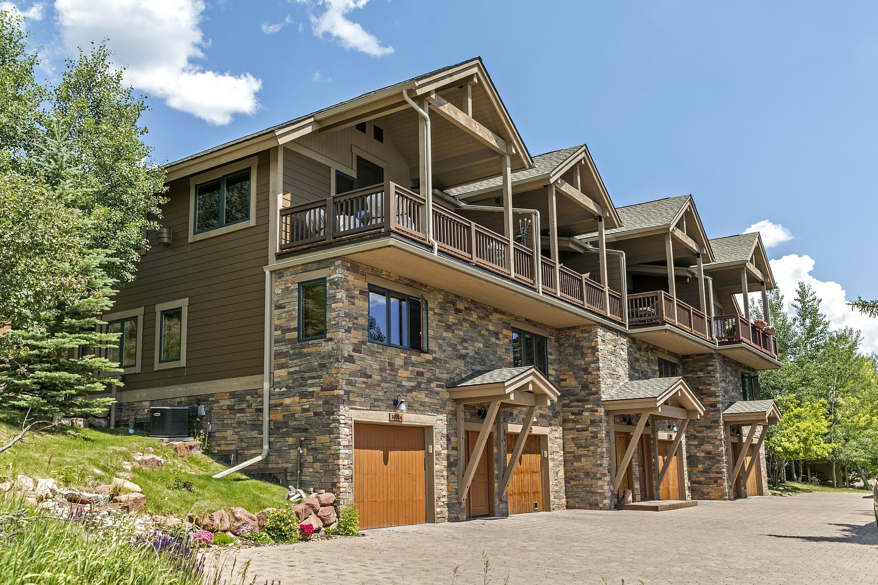 Property for Active at Mountain View Townhomes #B 3070 Wildridge Road #B Avon, Colorado 81620 United States