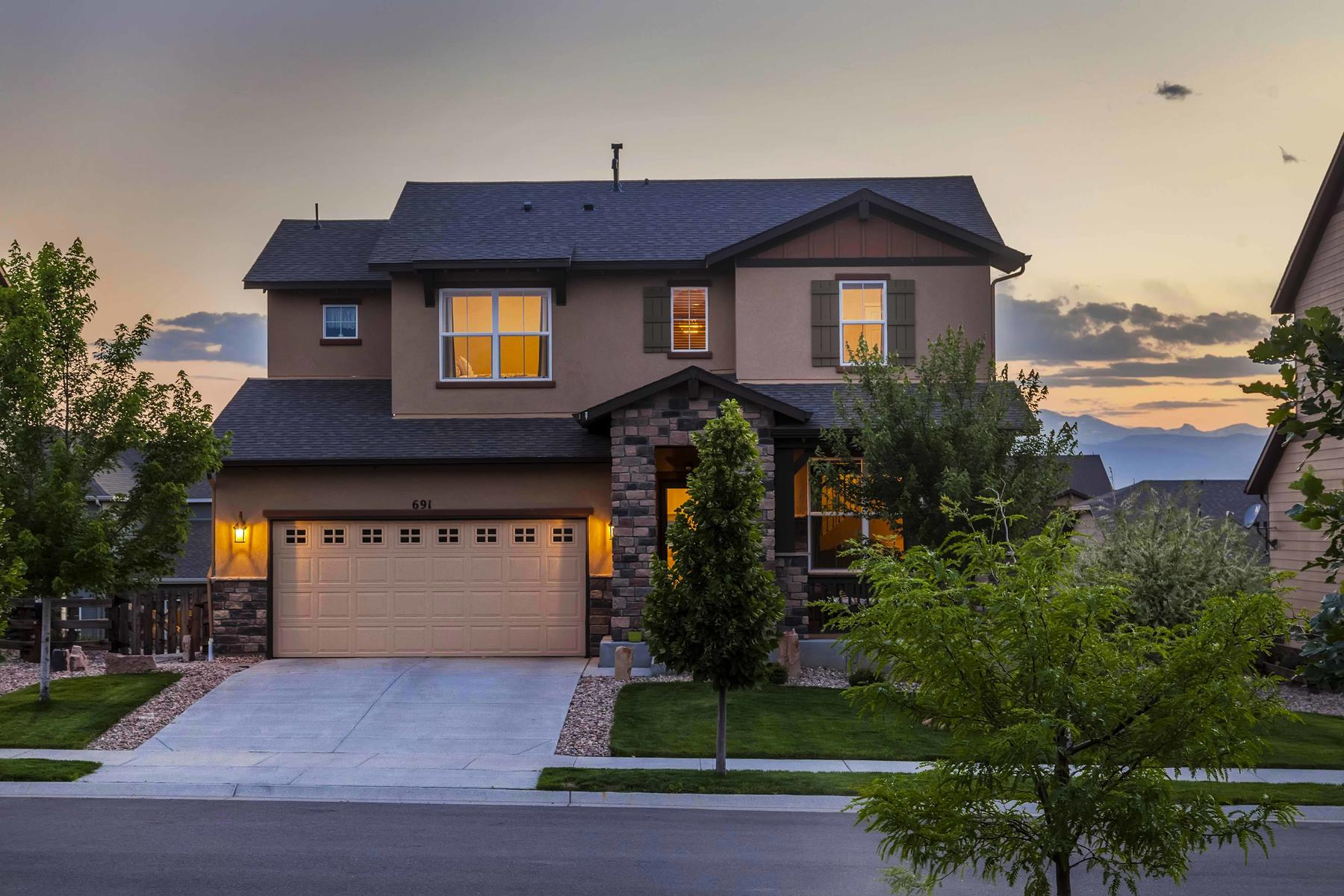 Single Family Home for Active at Beautifully Appointed Contemporary Home 691 Fossil Bed Cir Erie, Colorado 80516 United States