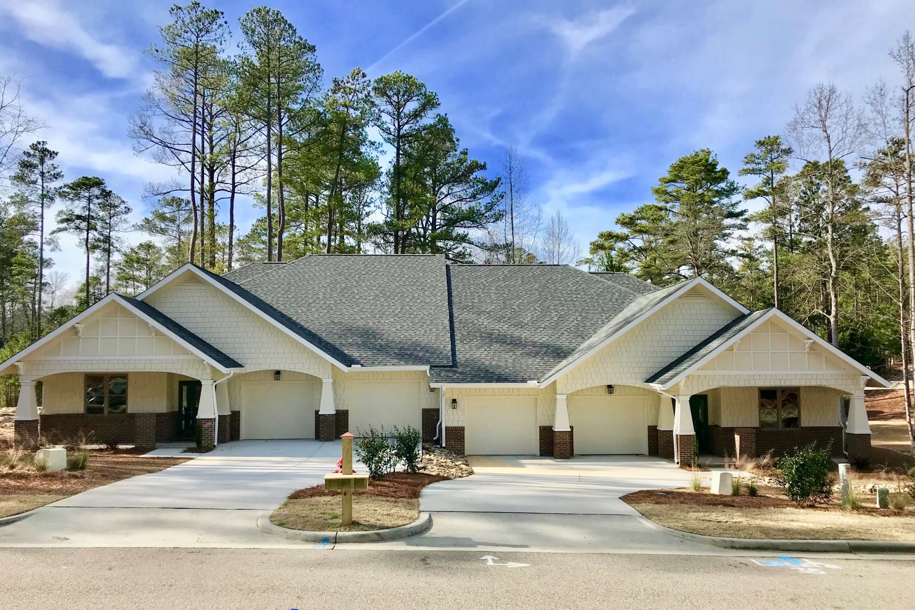 townhouses for Sale at 31 Lamplighter Village Dr. Pinehurst, North Carolina 28374 United States