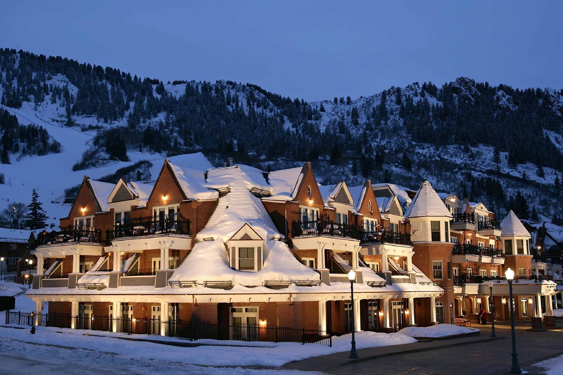 Condominiums por un Venta en The Hyatt Grand Aspen 415 East Dean Street Unit 44A-12 Aspen, Colorado 81611 Estados Unidos