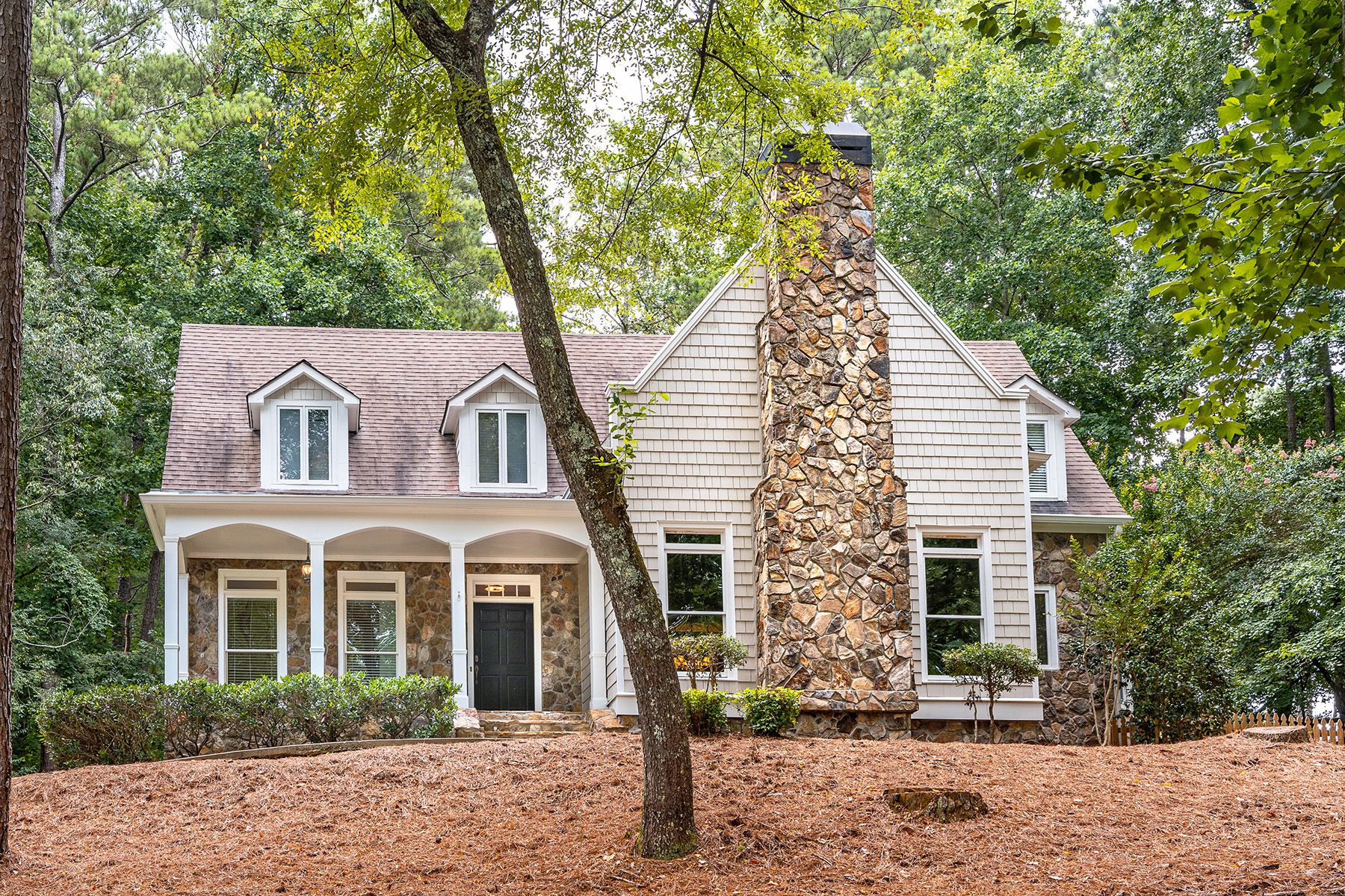 Property のために 売買 アット Charming Home On 3.59 Acres In Milton 2105 Double Creek Lane, Milton, ジョージア 30004 アメリカ