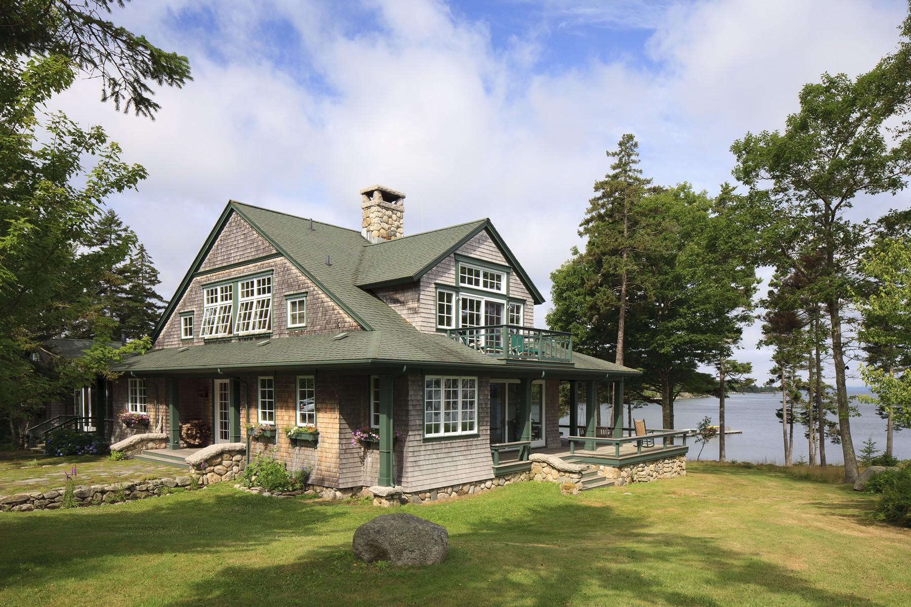 独户住宅 为 销售 在 Avalon 468 Reach Road 鹿岛, 缅因州, 04627 美国