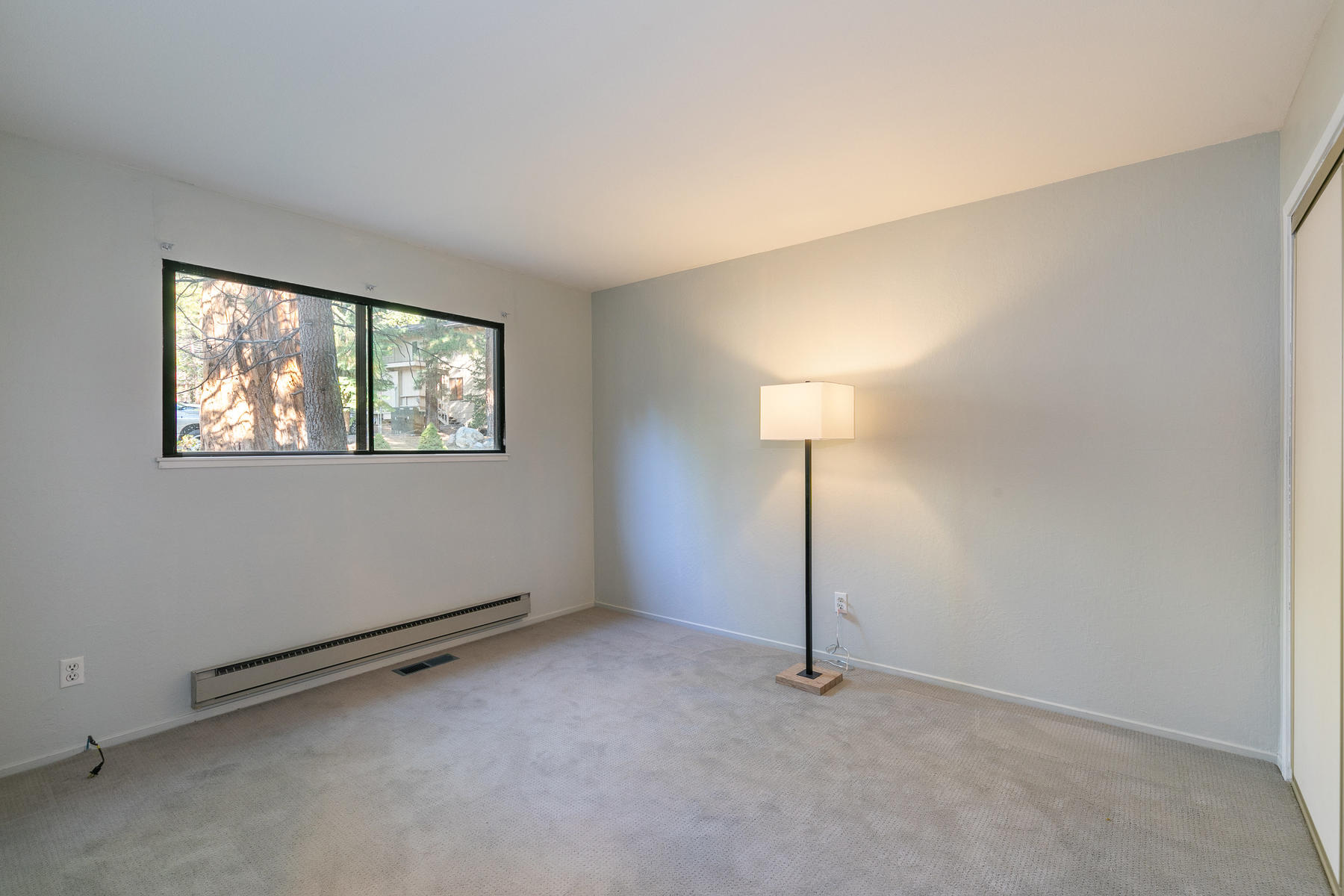 Additional photo for property listing at 321 Ski Way #210, Incline Village, NV 89451 321 Ski Way #210 Incline Village, 内华达州 89451 美国