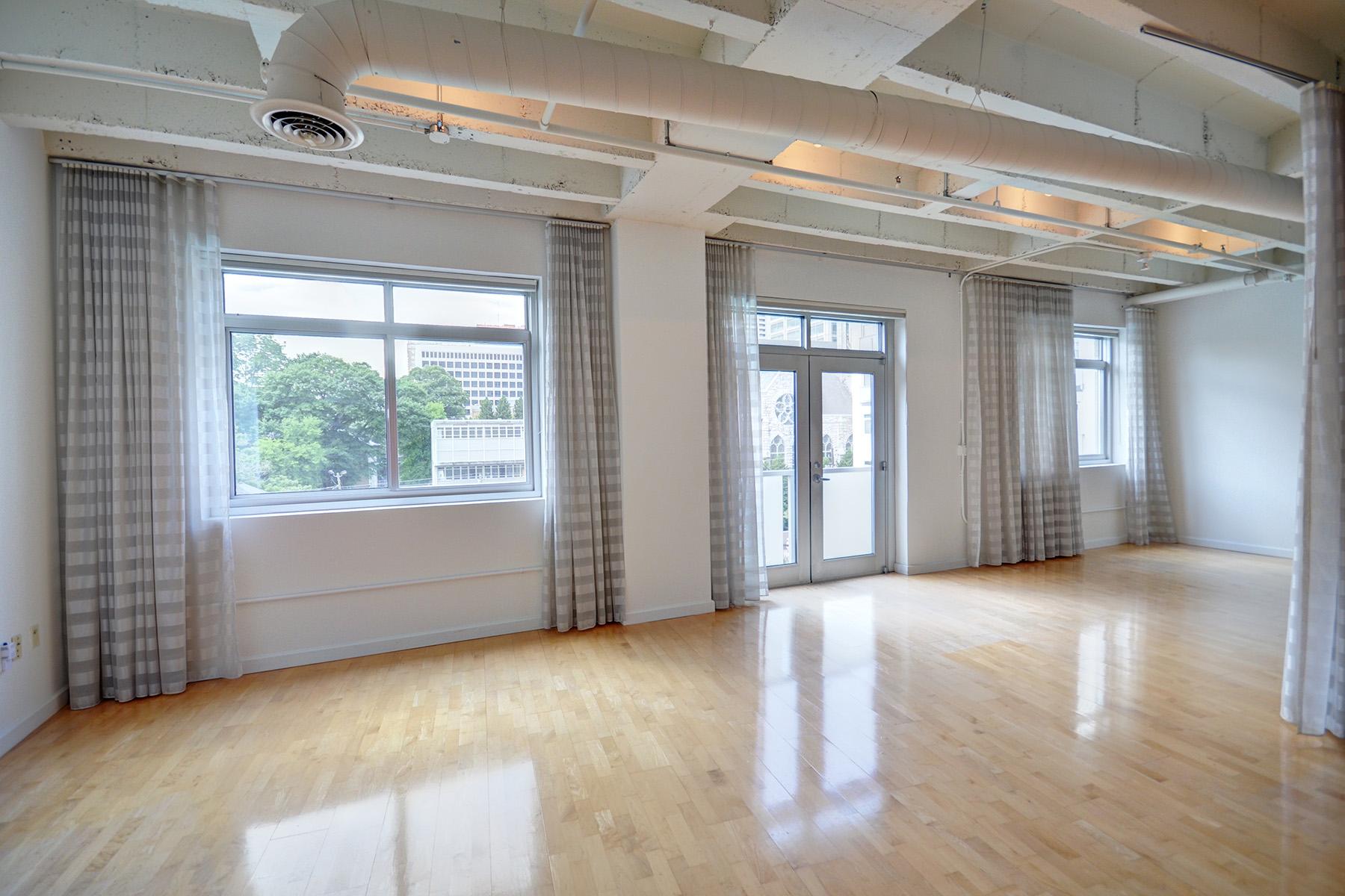 Condominium for Rent at Luxury Loft in Midtown 805 Peachtree Street #303 Atlanta, Georgia 30308 United States
