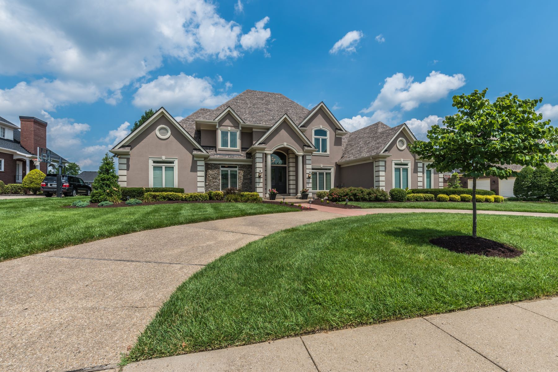 Single Family Home for Sale at 2006 Fairway Vista Drive Louisville, Kentucky 40245 United States