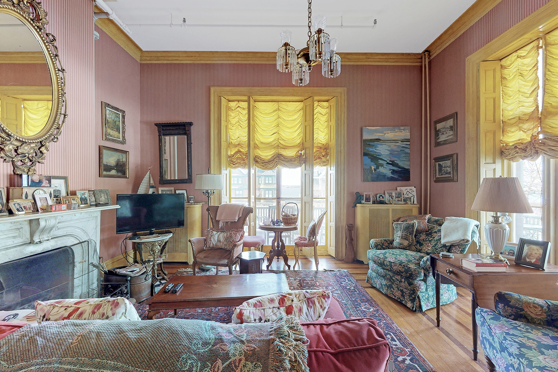 Additional photo for property listing at Stella Maris 91 Washington Street Newport, Rhode Island 02840 United States