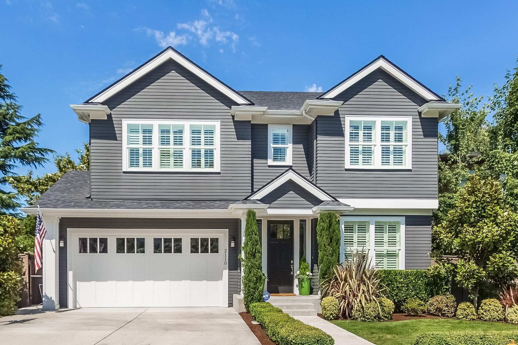 Villa per Vendita alle ore Stunning New Build Craftsman 2110 38th Ave E Madison Park, Seattle, Washington, 98112 Stati Uniti
