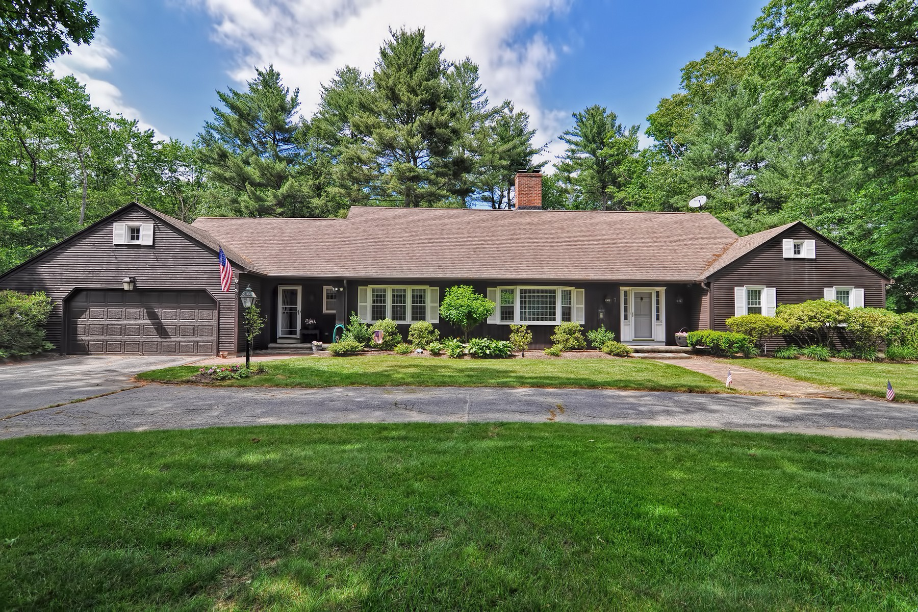 Single Family Home for Sale at Elegant Cape 7 Blueberry Hill Rd Wilbraham, Massachusetts 01095 United States