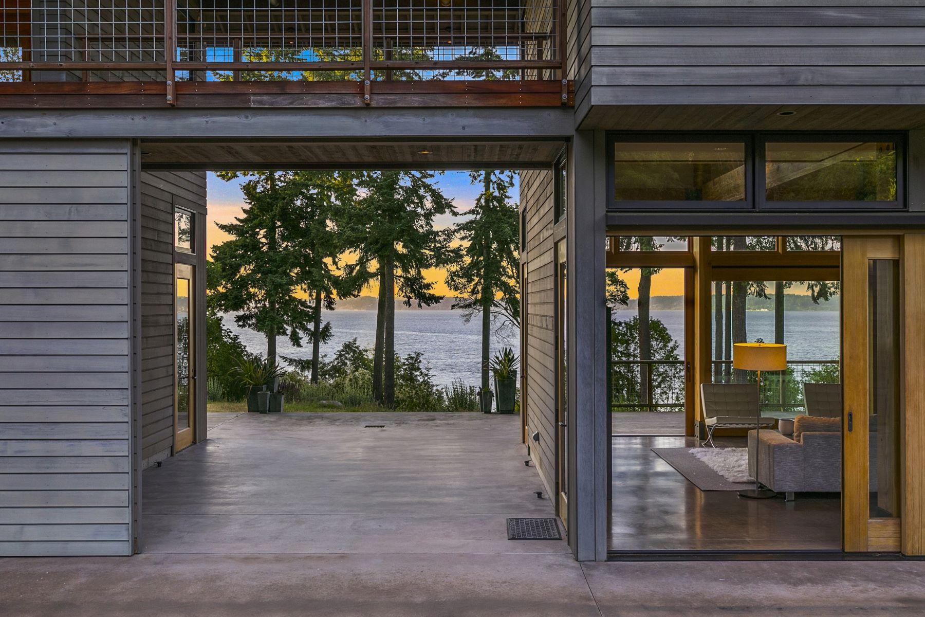 Additional photo for property listing at 4669 Saratoga Rd  Langley, Washington 98260 United States
