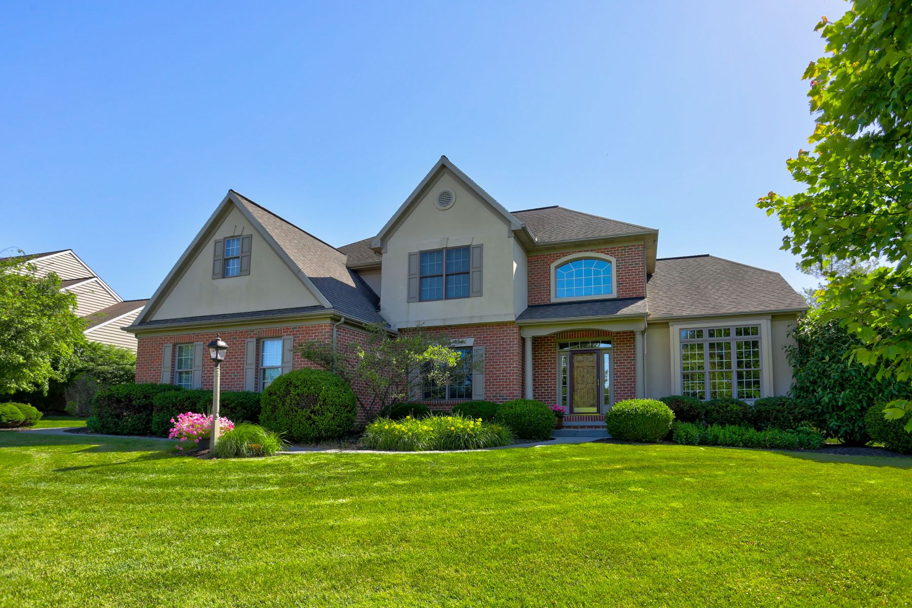 Single Family Home for Sale at 1951 Pickering Trail 1951 Pickering Trail Lancaster, Pennsylvania 17601 United States