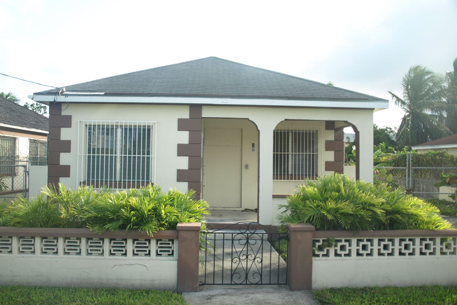 Single Family Home for Sale at #26 Harley Street, Shirley Heights Palmdale, Nassau And Paradise Island Bahamas