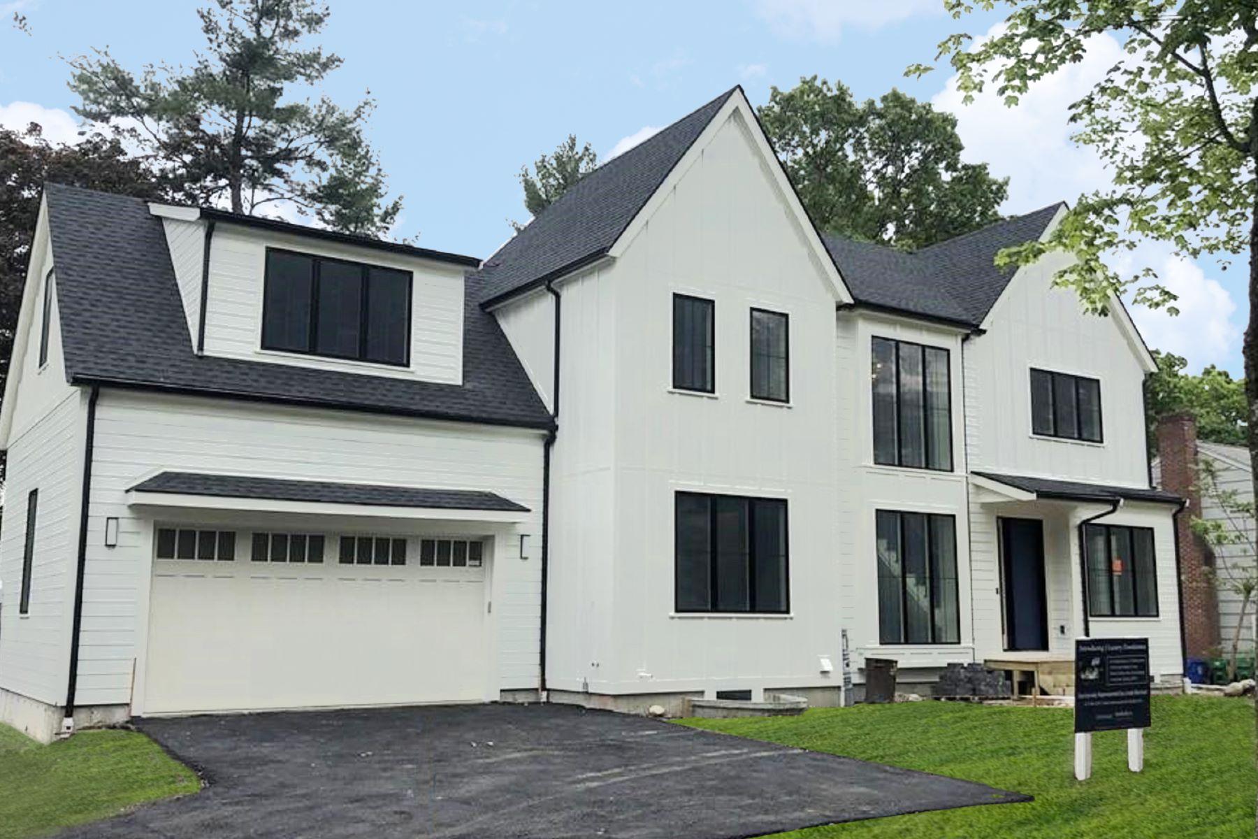 Condominiums pour l Vente à 28 Coyne Road Unit 28 Newton, Massachusetts 02468 États-Unis