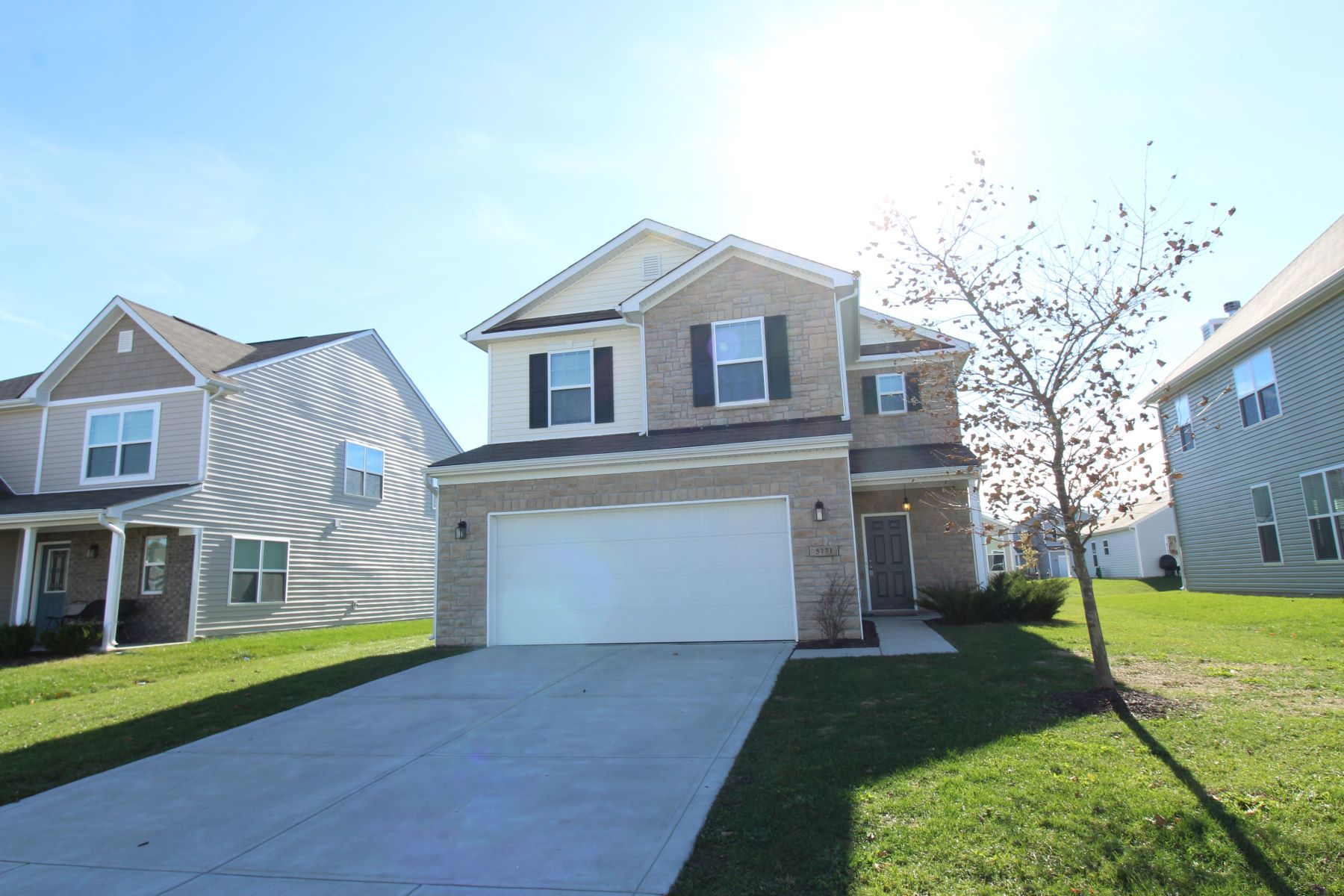 Single Family Home for Rent at Fantastic 3 Bedroom, 3 Bath Home in Walker Farms 5771 Weeping Willow Place Whitestown, Indiana 46075 United States