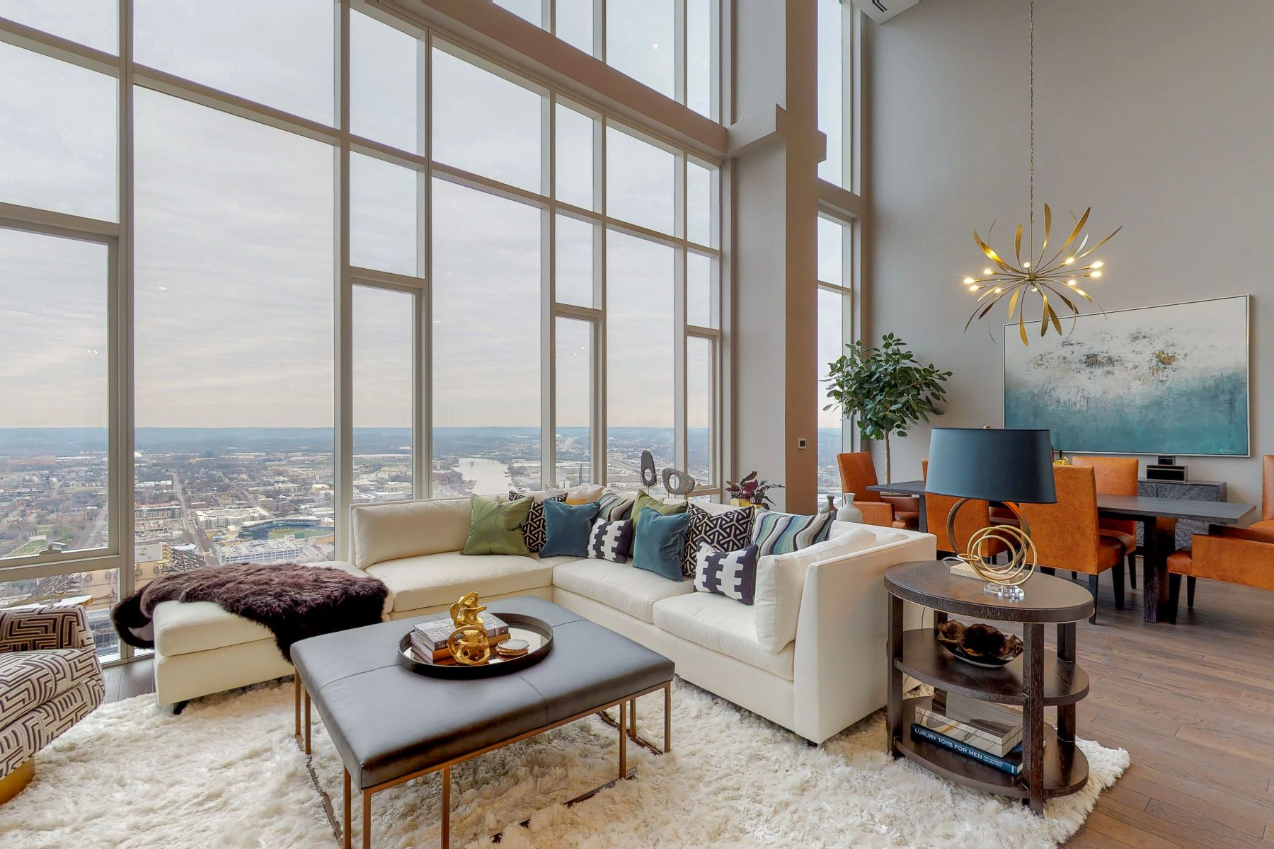 Condominium for Sale at 505 Nashville Penthouse 515 Church Street #4504 Nashville, Tennessee 37219 United States